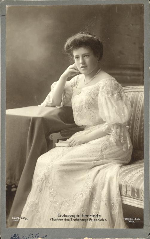 File:Archduchess Maria Henrietta of Austria (1883-1956)).jpg