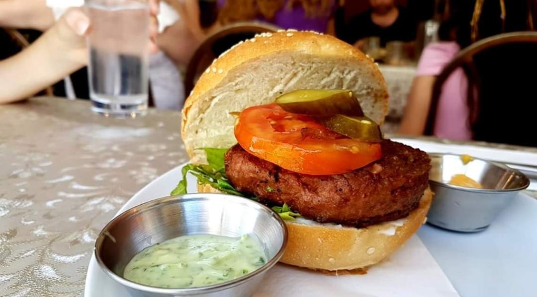 Veggie burger - Wikipe...