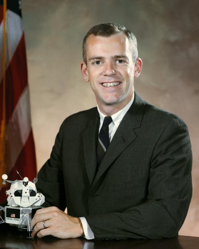 Mars astronaut candidate Brian O'Leary, NASA photo Source: Wikipedia (NASA site unavailable January 2019) Brian_todd_oleary_nasa_bio_photo.jpg