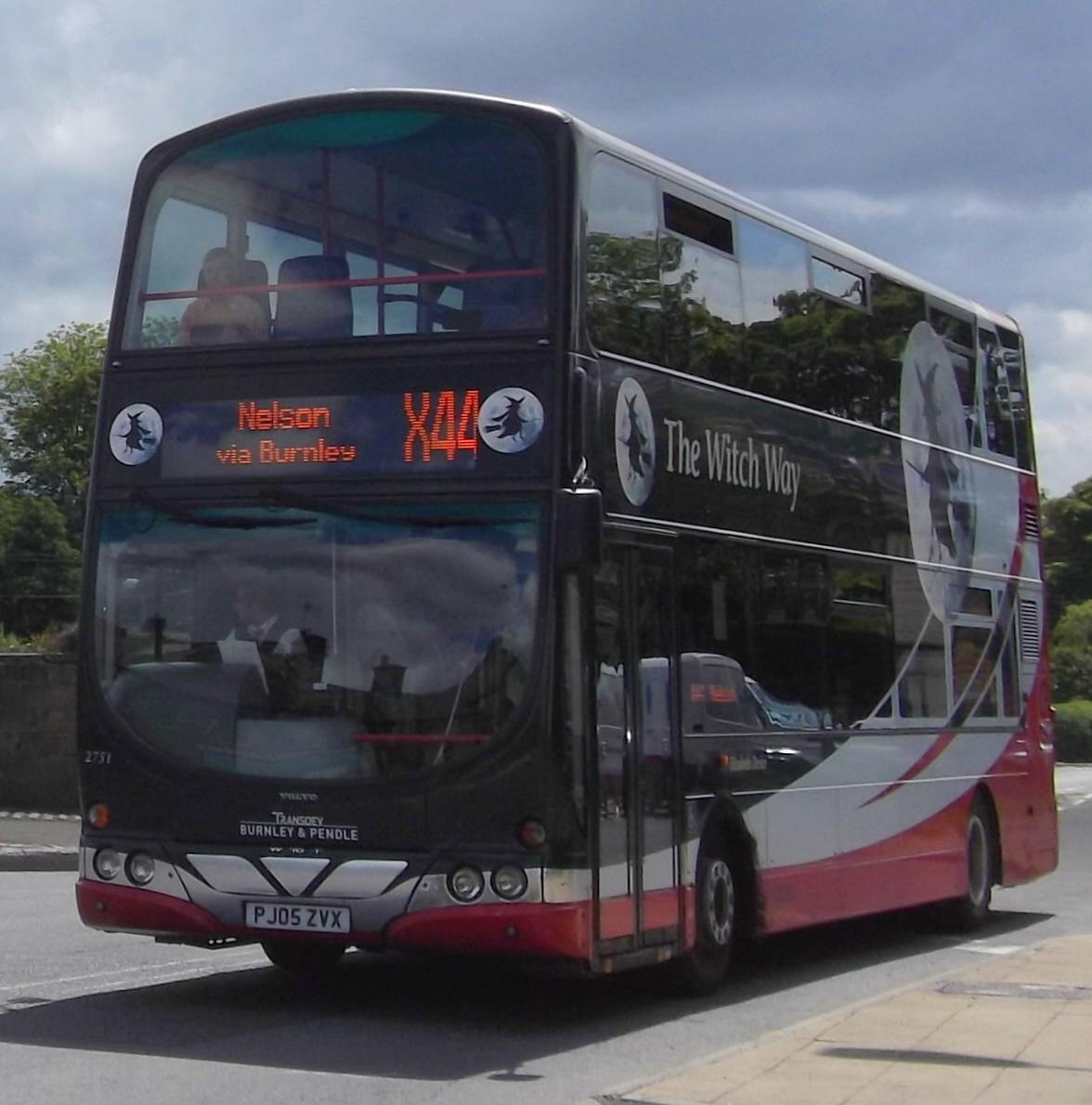 File:Burnley & Pendle bus 2751 (PJ05 ZVX) 2005 Volvo B7TL Wrightbus Eclipse