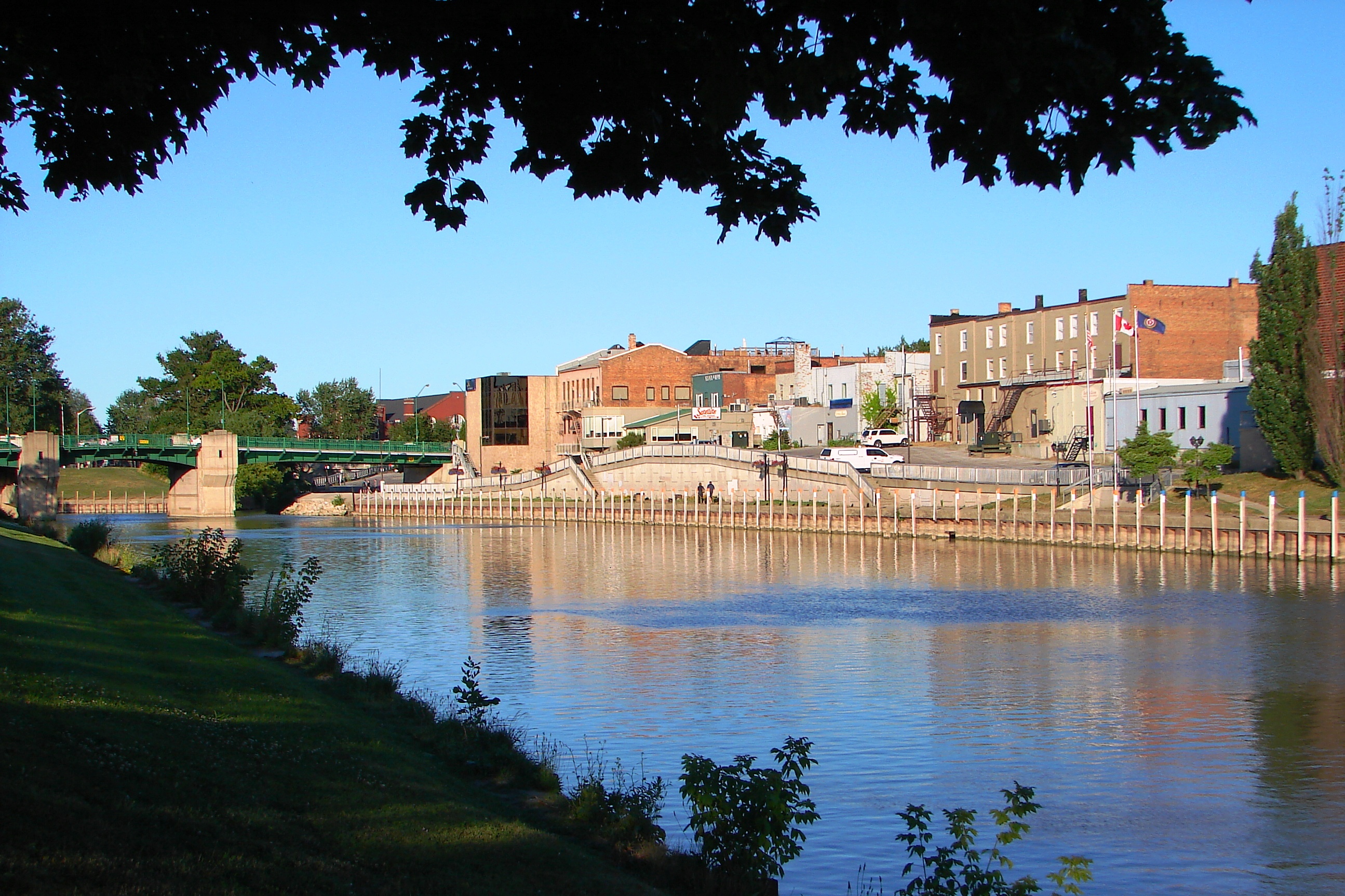 Chatham (ON) Canada  city pictures gallery : Chatham ON 1 Wikimedia Commons