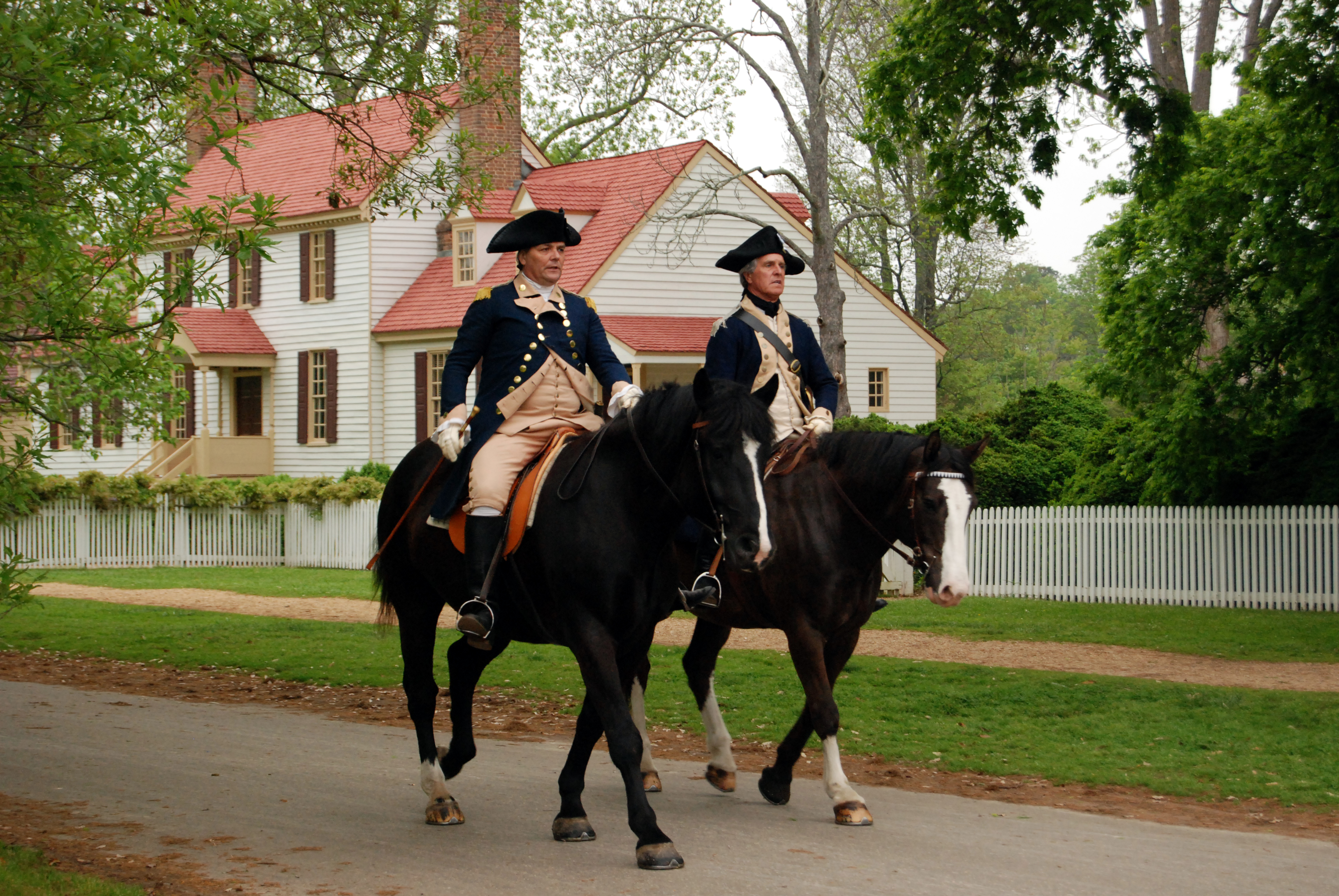 williamsburg men Find great deals on ebay for colonial williamsburg clothing and colonial williamsburg dress shop with confidence.