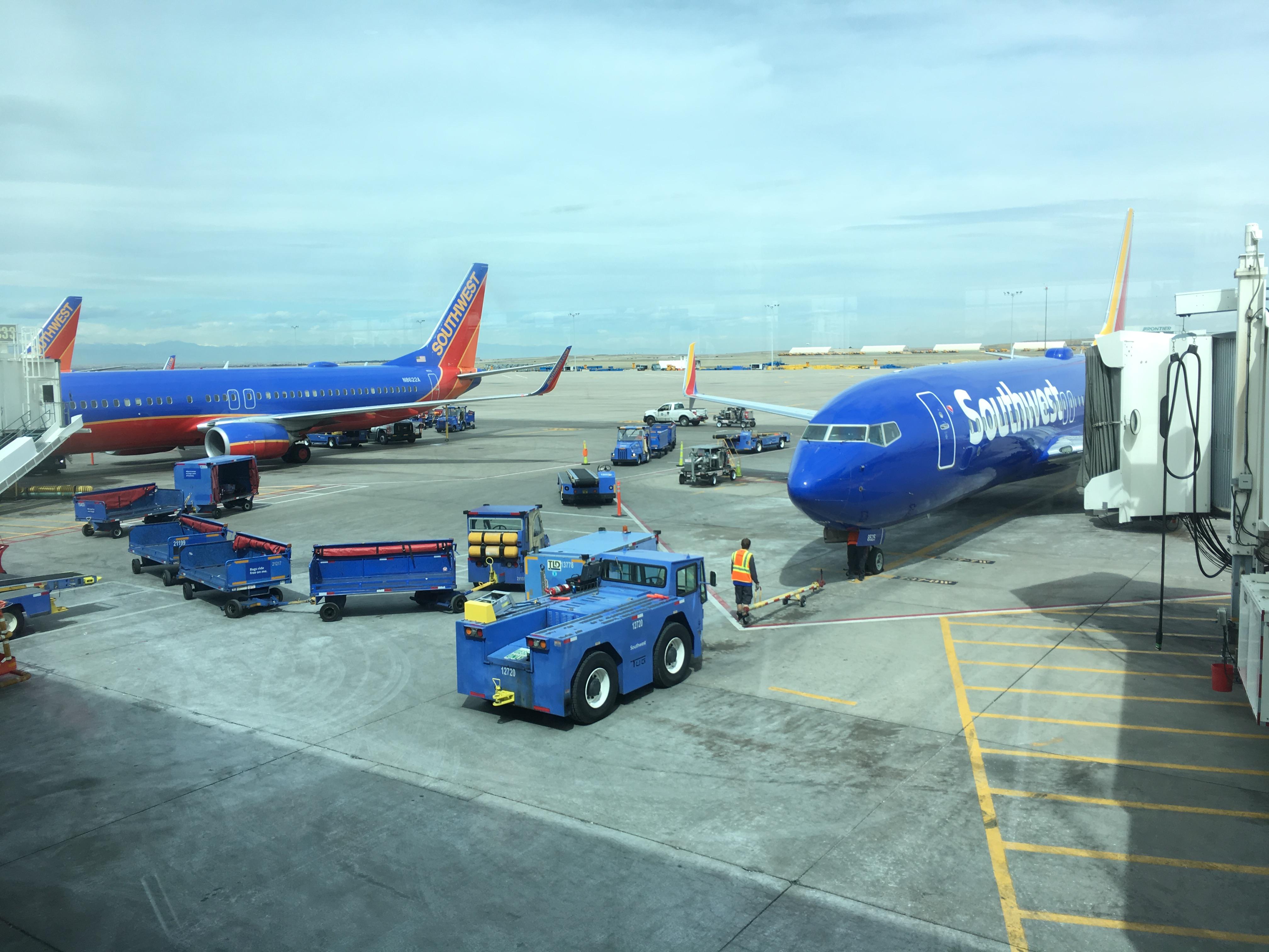 Resultado de imagen para denver airport southwest airlines