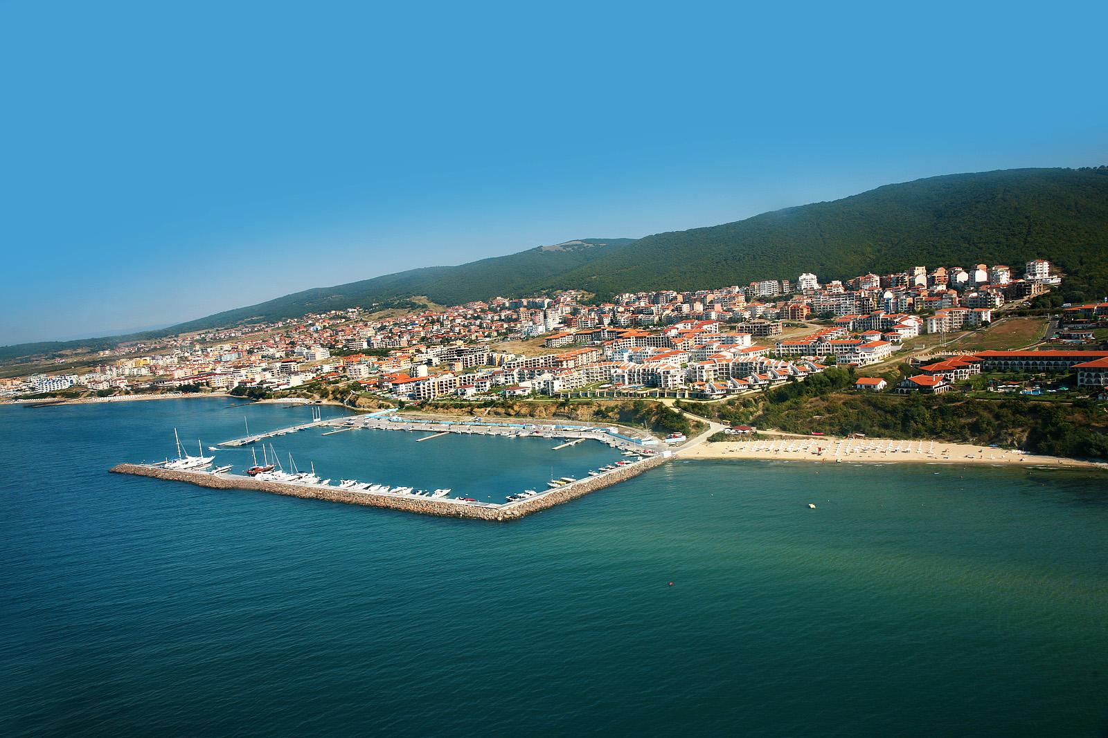 Marina Dinevi beach in Bulgaria