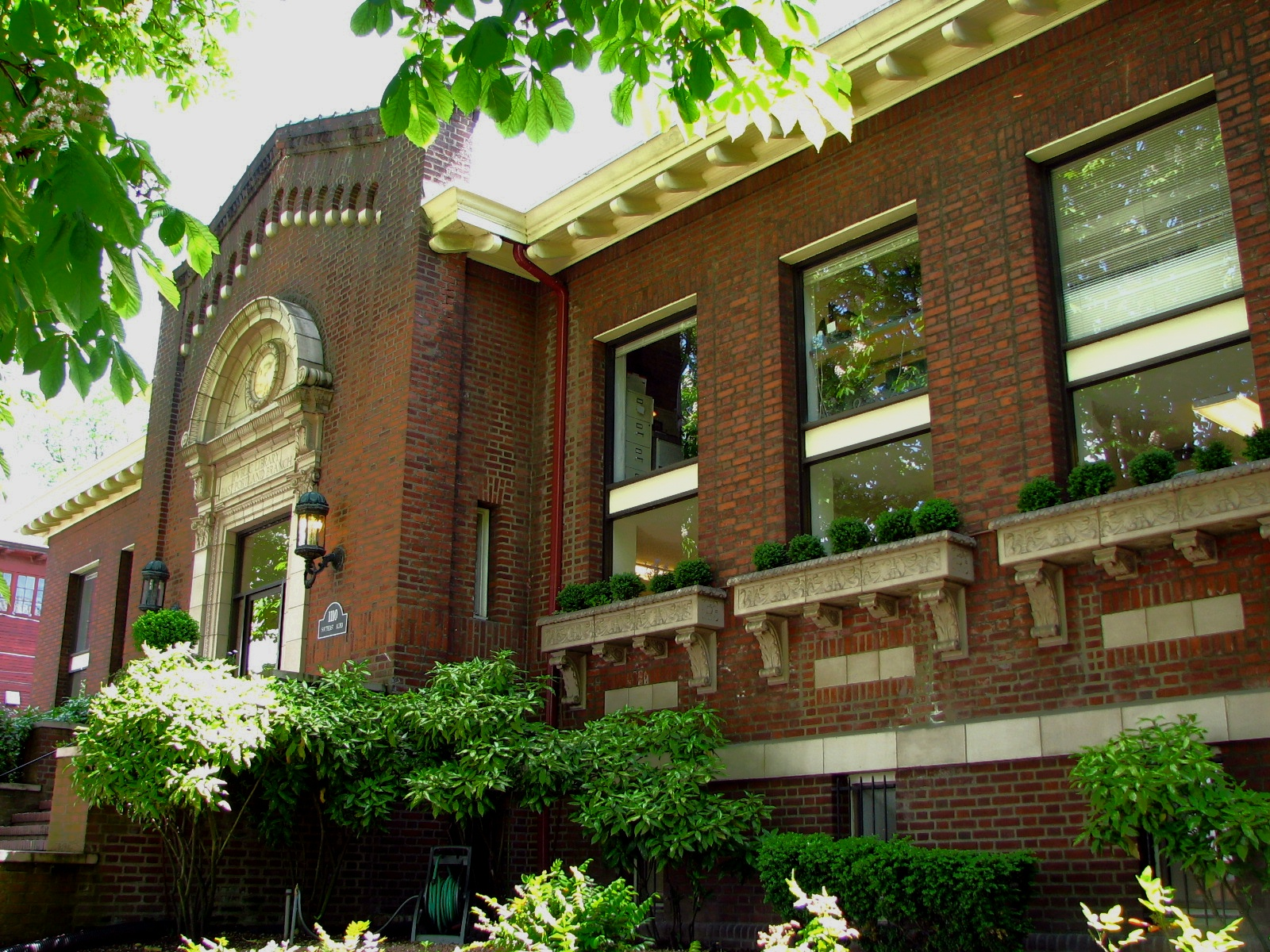 East Portland Branch, Public Library of Multnomah County