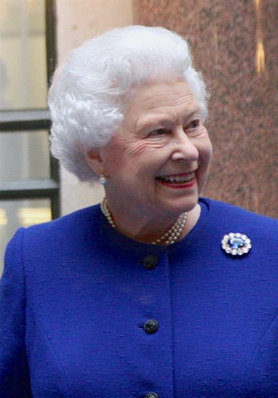 Fichier:Elizabeth II 2012.jpg