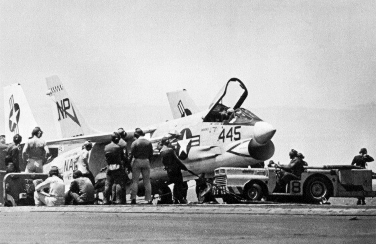 VF 24 F 8 Crusader http://commons.wikimedia.org/wiki/File:F-8C_Crusader_of_VF-24_on_USS_Bon_Homme_Richard_(CVA-31)_1967.jpg