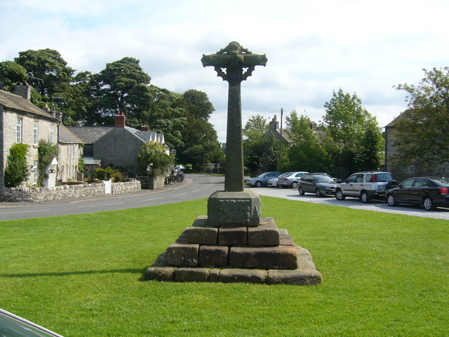 Foolow Village Green - geograph.org.uk - 941115