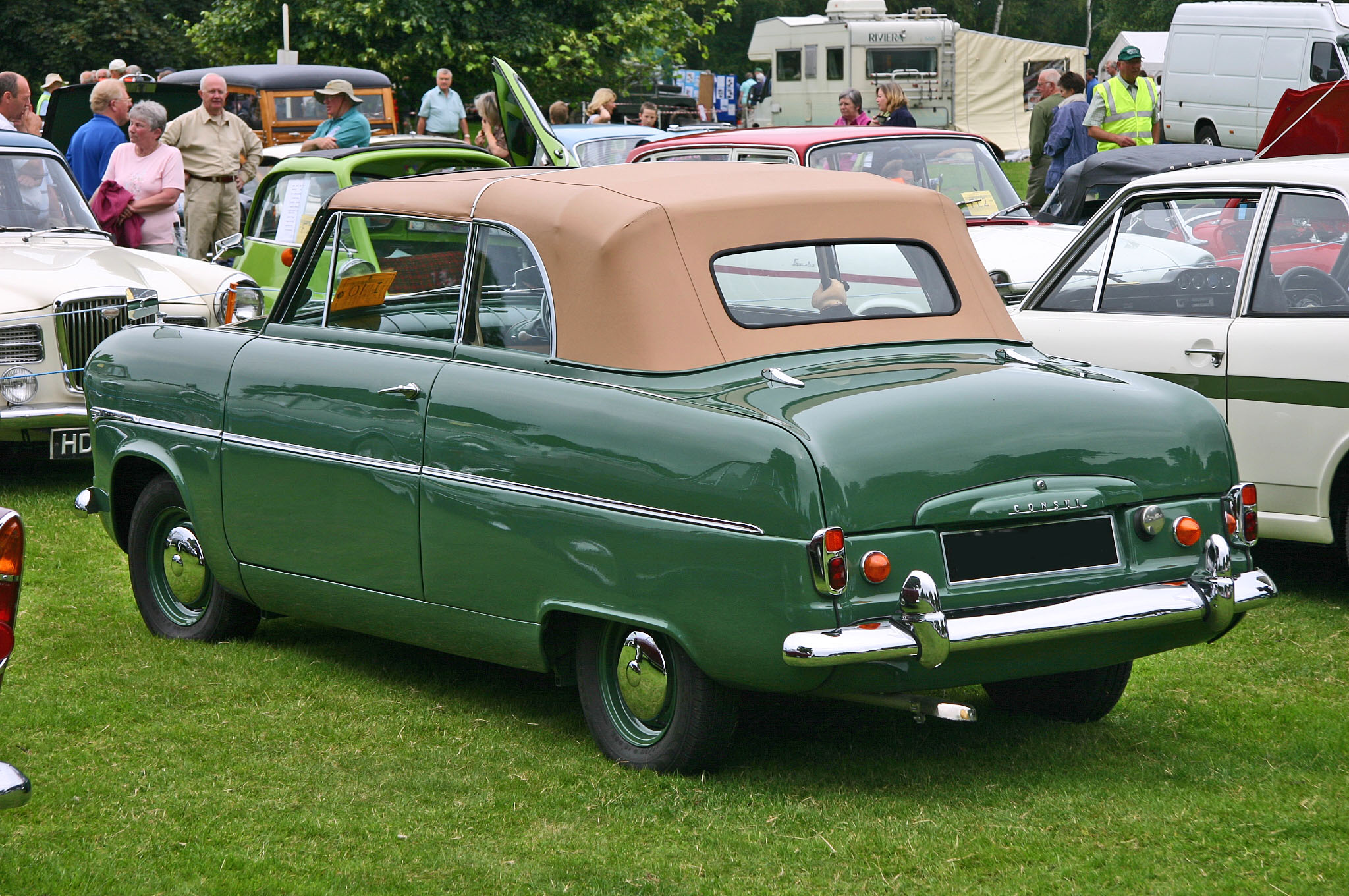 file ford consul mki convertible wikimedia commons. Black Bedroom Furniture Sets. Home Design Ideas