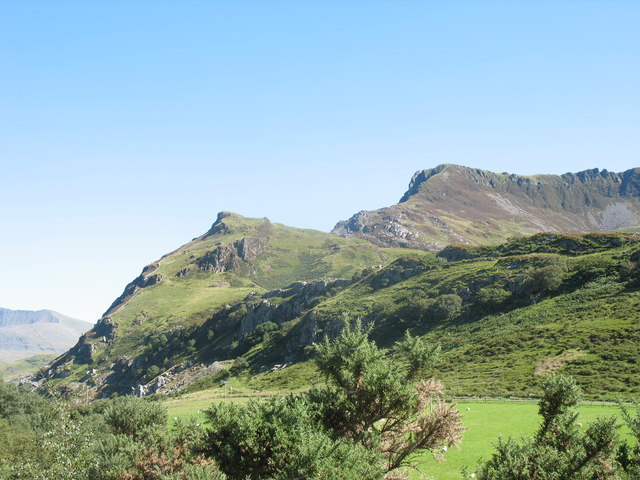 Garn from Drws-y-coed - geograph.org.uk - 252147