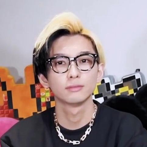 Hikaru YouTuber 2021