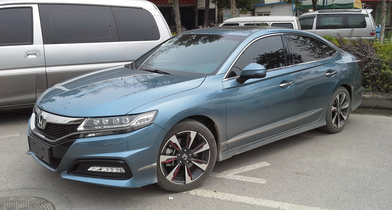 File:Honda Spirior II Si 02 China 2015-04-10.jpg ...