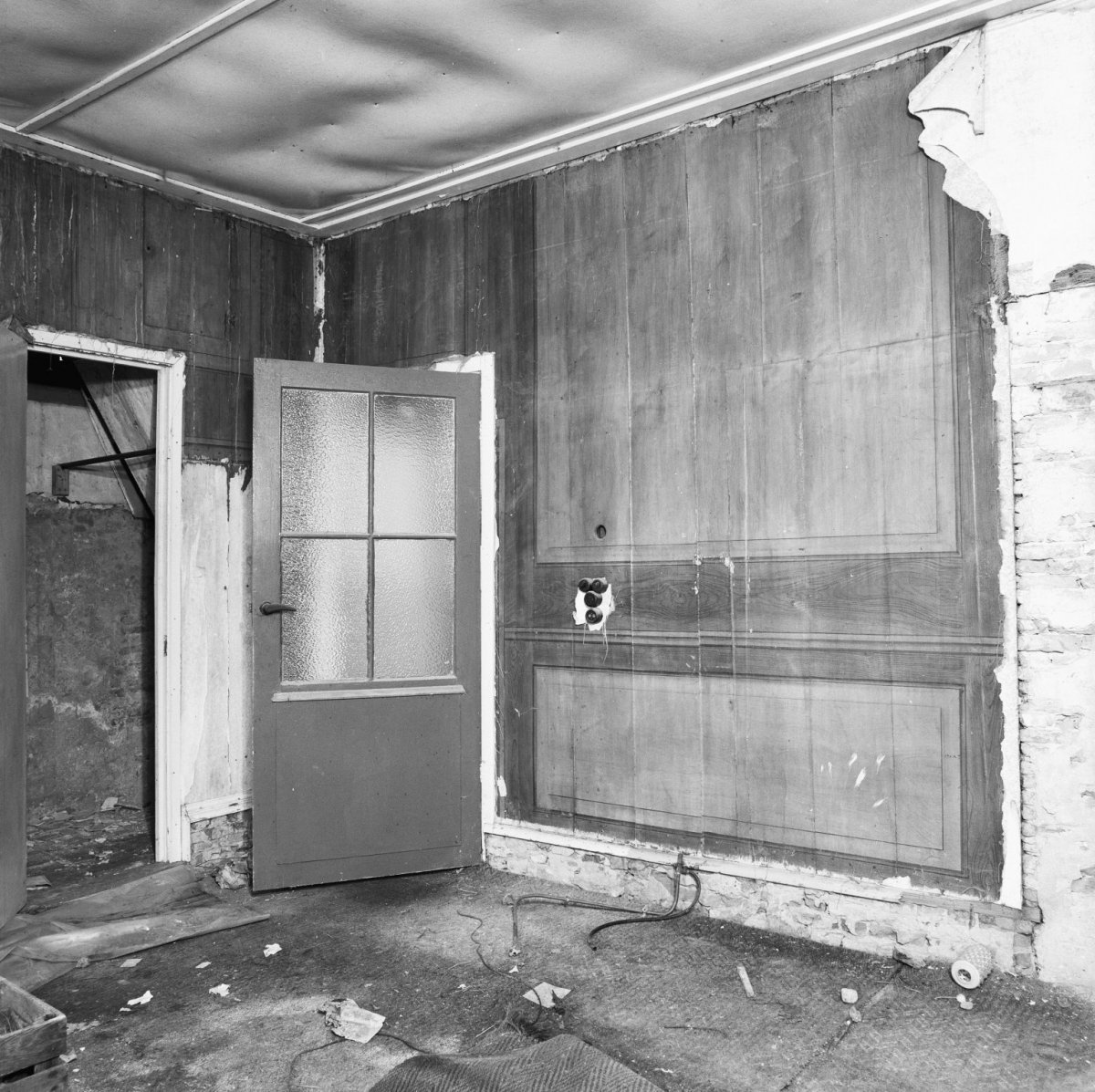File interieur houten beschilderde wand in woonkamer for Interieur woonkamer