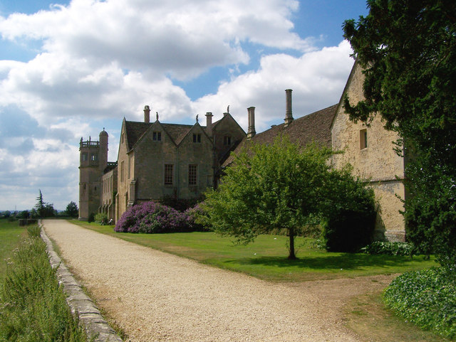 Lacock Abbey - geograph.org.uk - 562364