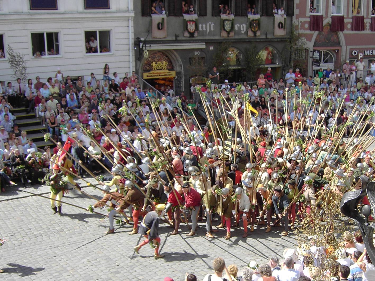 File:Landshuter Hochzeit 12.jpg - Wikipedia