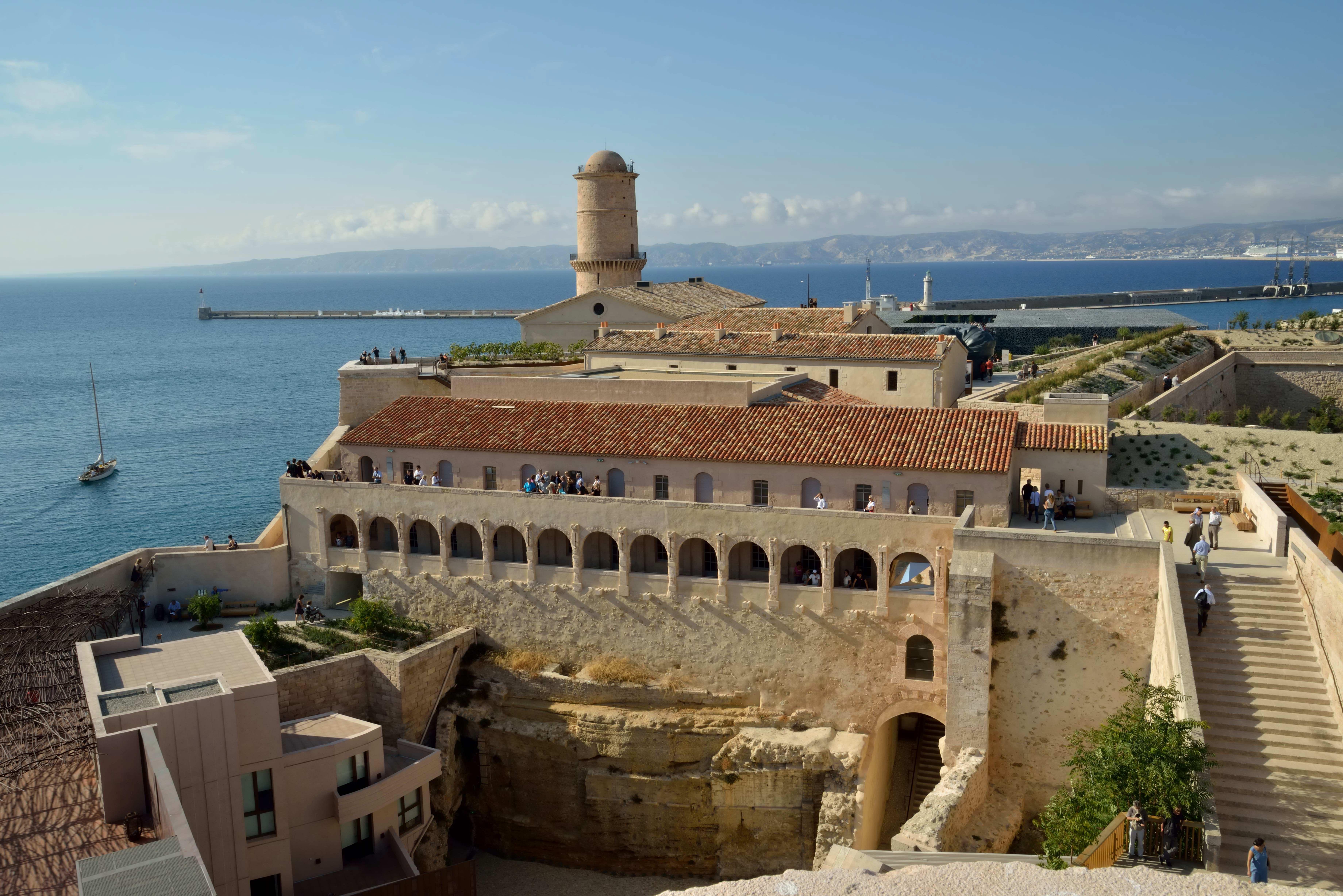 File Le Fort Saint Jean 224 Marseille Jpg Wikimedia Commons