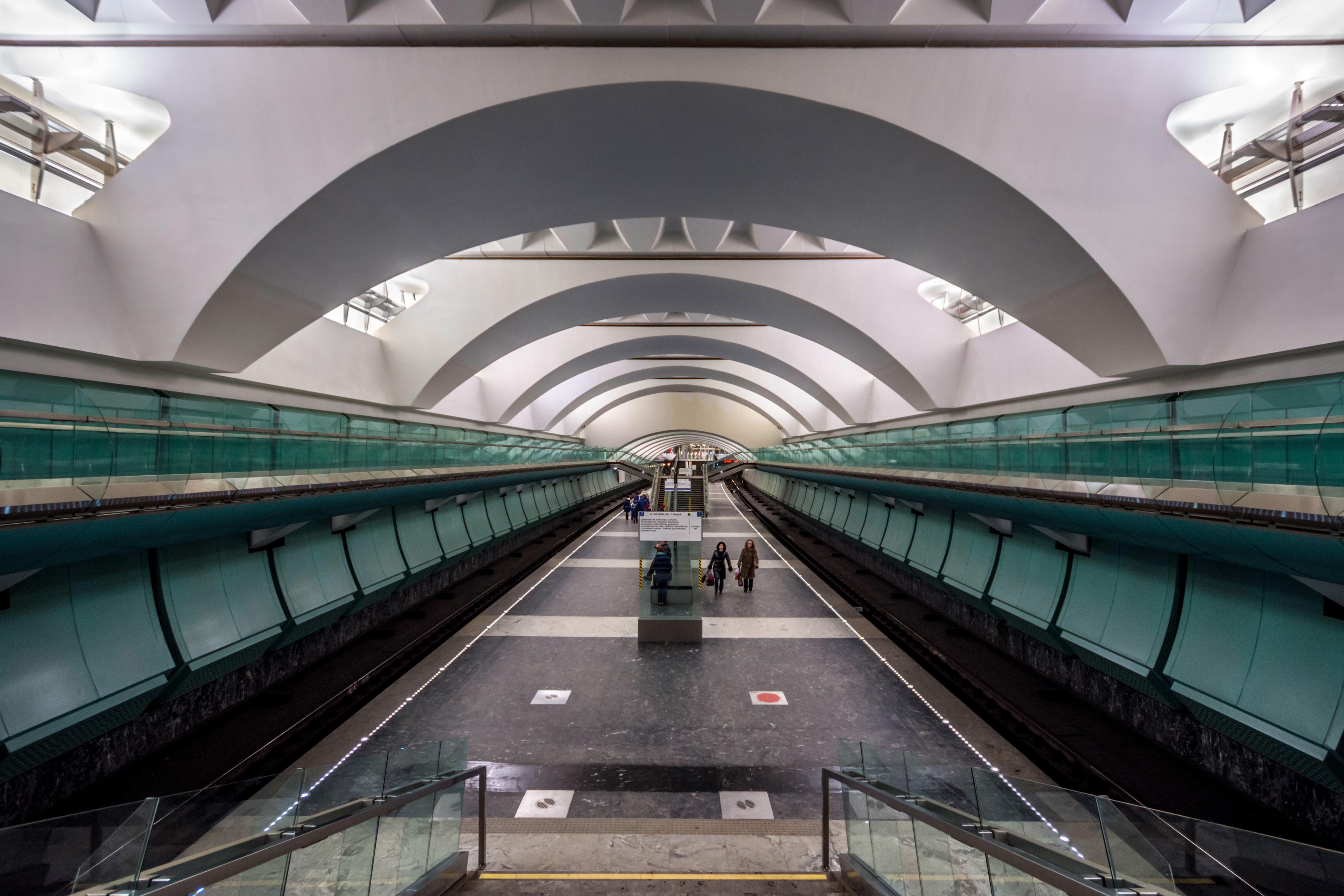 Moscow metro station Semenovskaya
