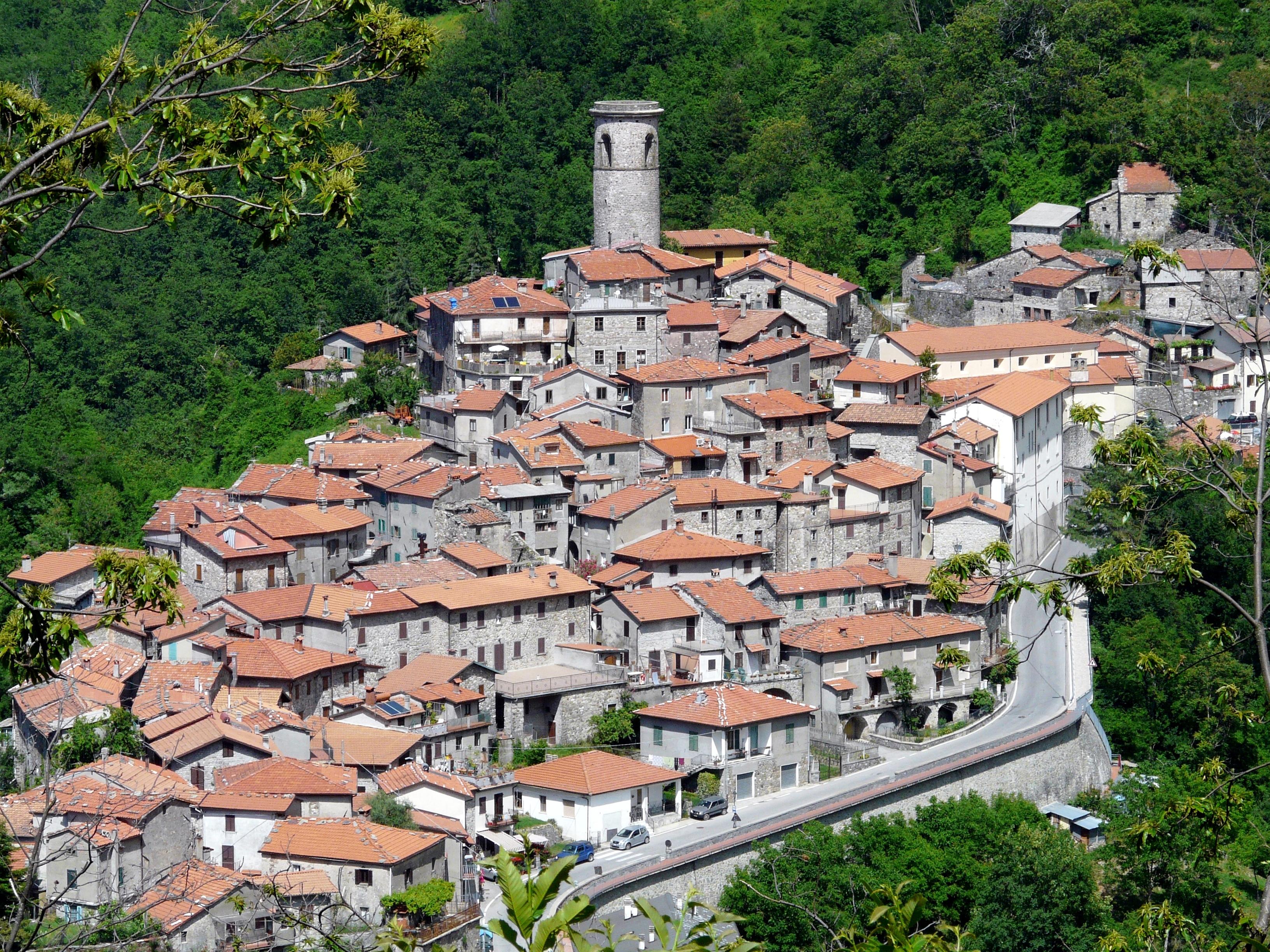 Minucciano - Wikipedia