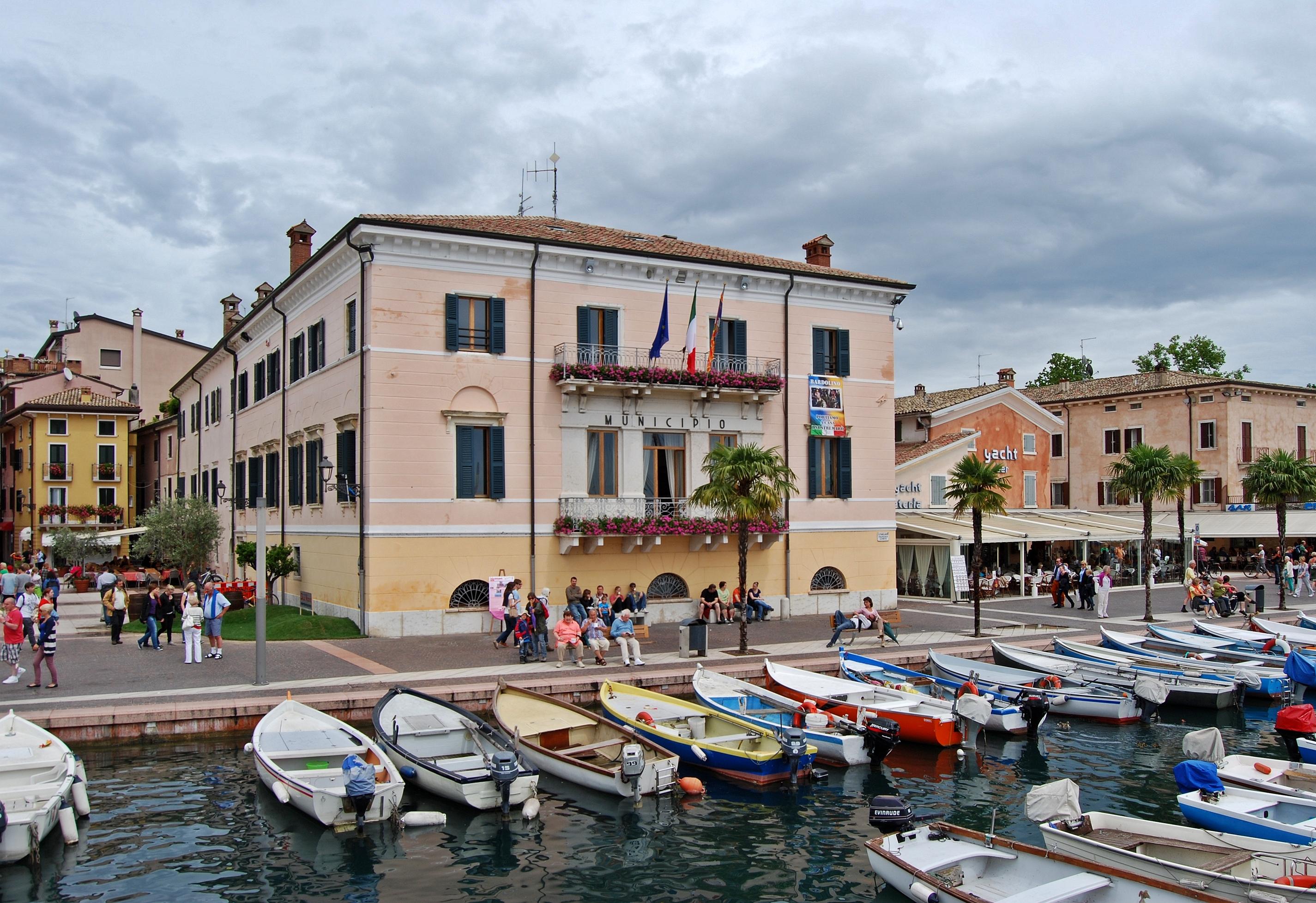 Gardasee Hotel Mit Halbpension Gunstig