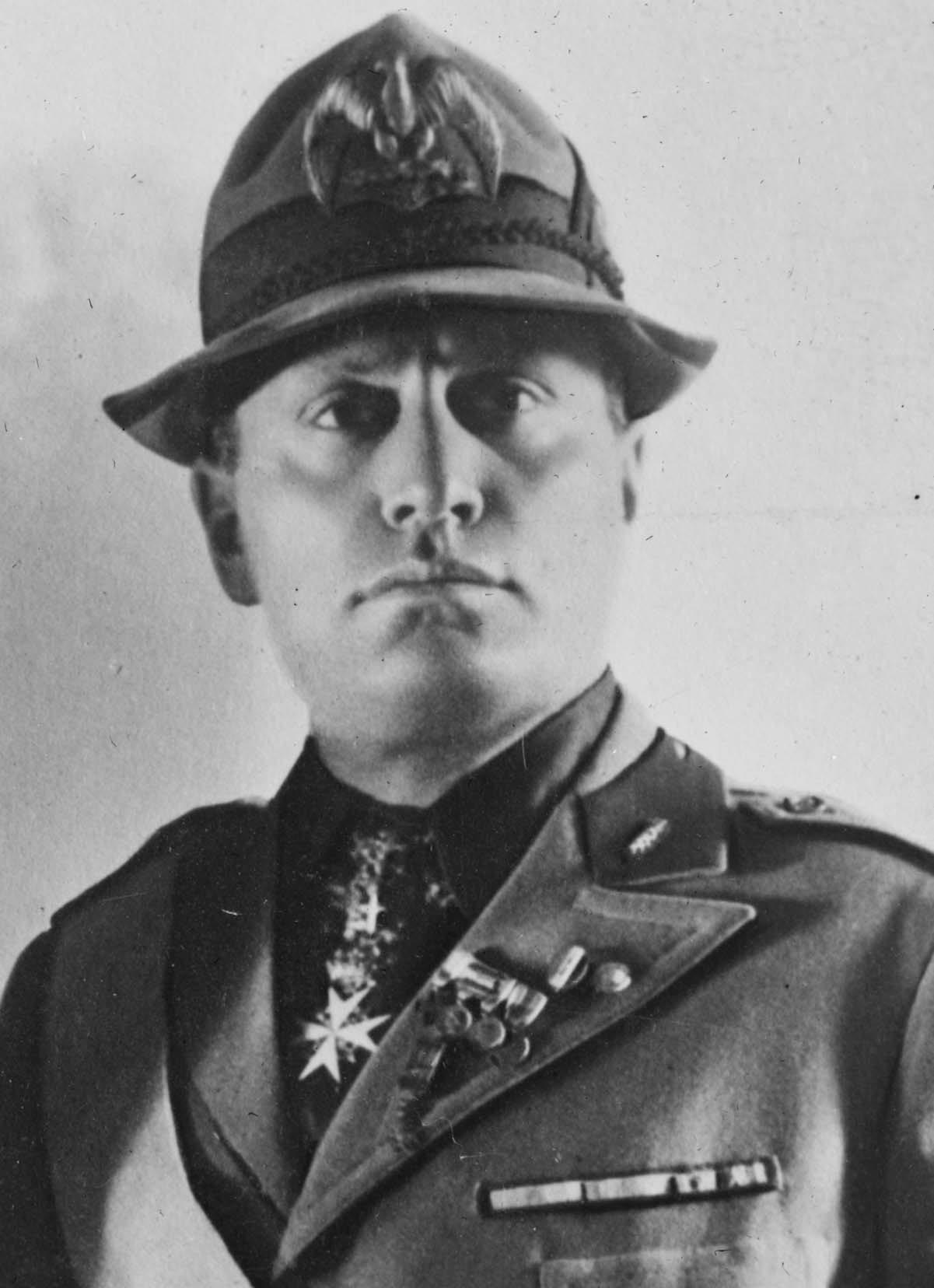 a biography of benito mussolini an italian fascist leader in world war two Benito mussolini and italian fascism what was mussolini's message world war one saw a major change in mussolini at the start of the war, as with most if not all.