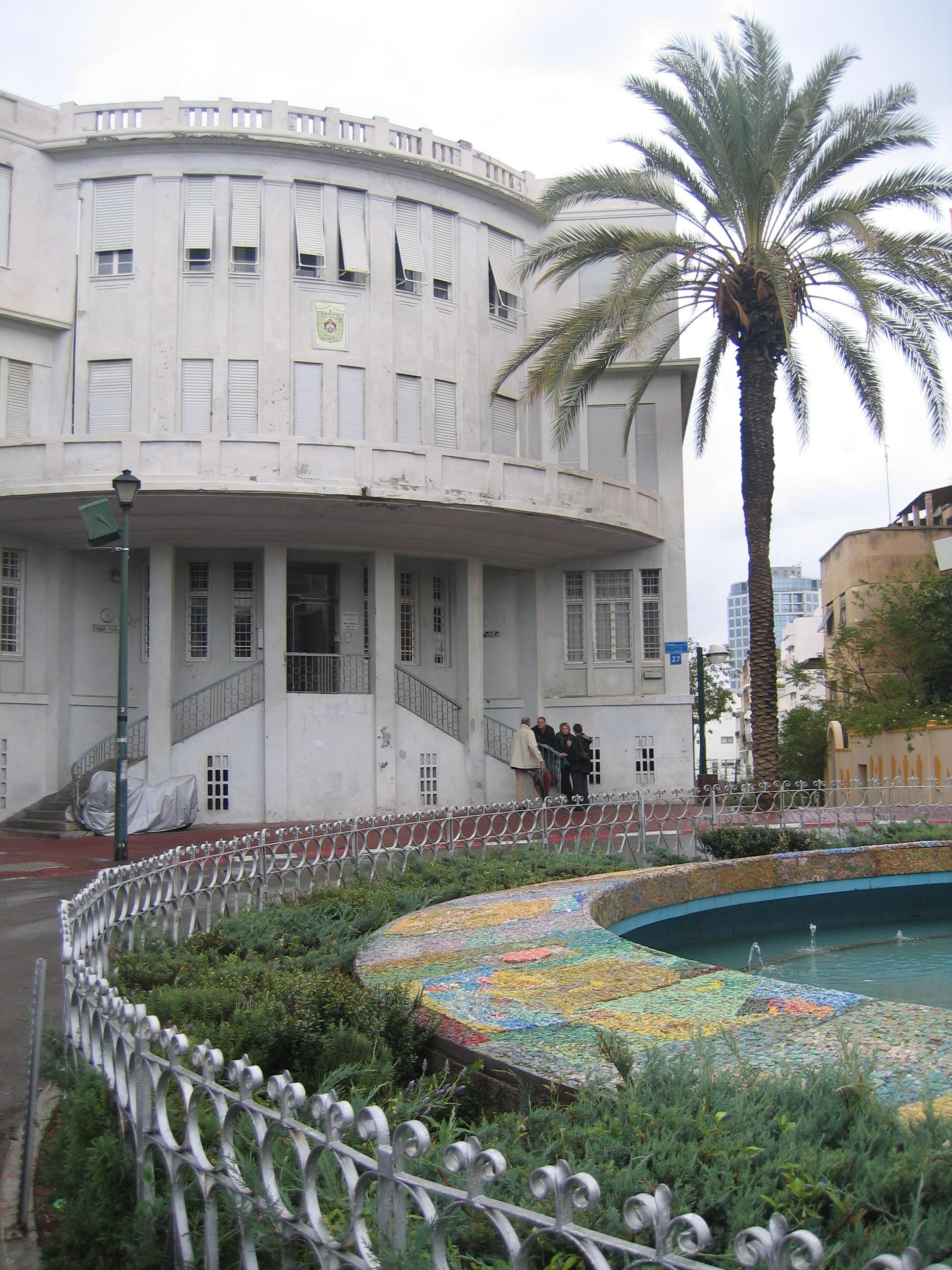 בית העיר (העירייה) הישן בכיכר ביאליק, צילום: יאיר טלמור לעיריית תל אביב יפו