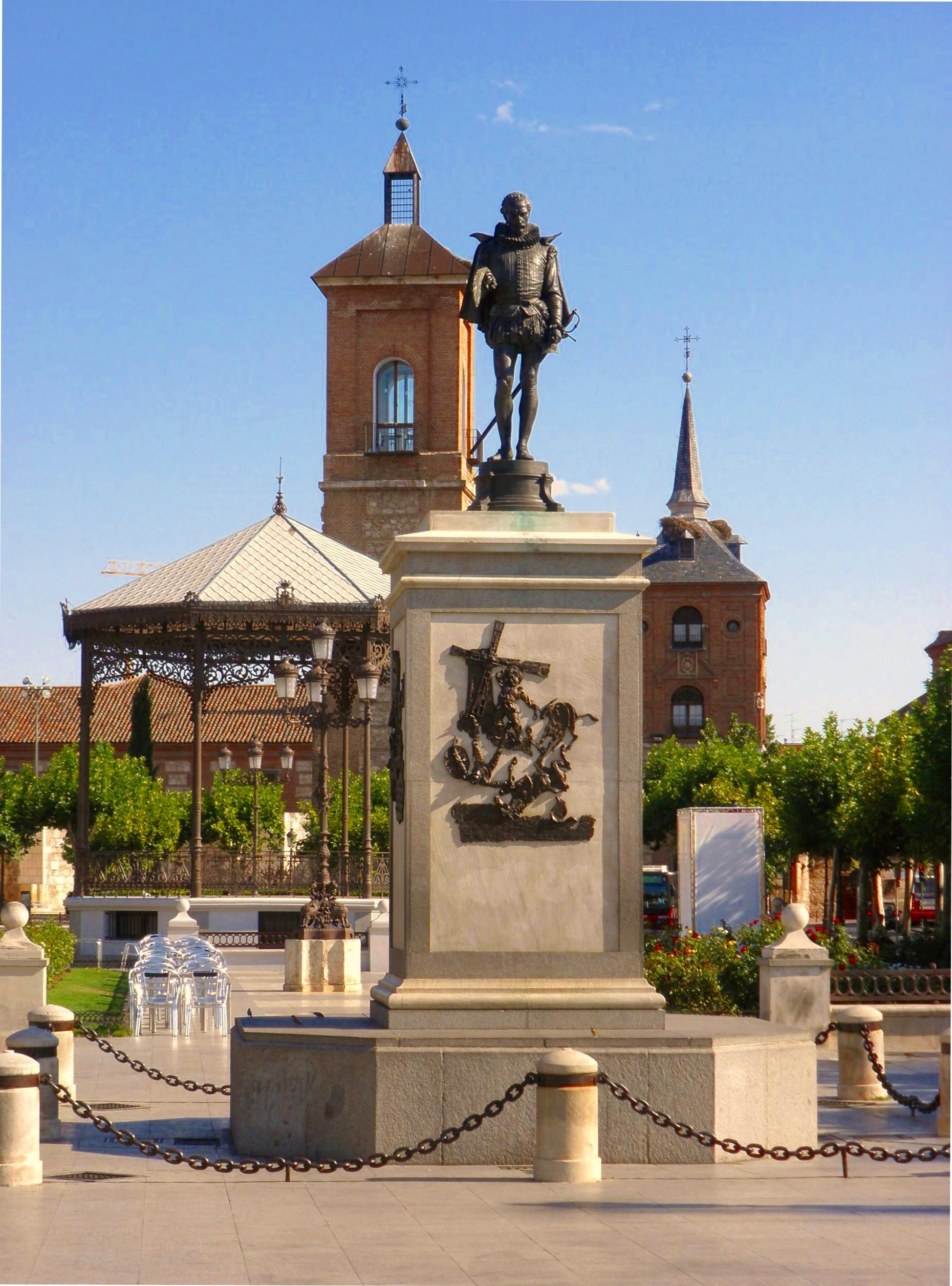 Plaza de Cervantes en Alcalá de Henares (Madrid)