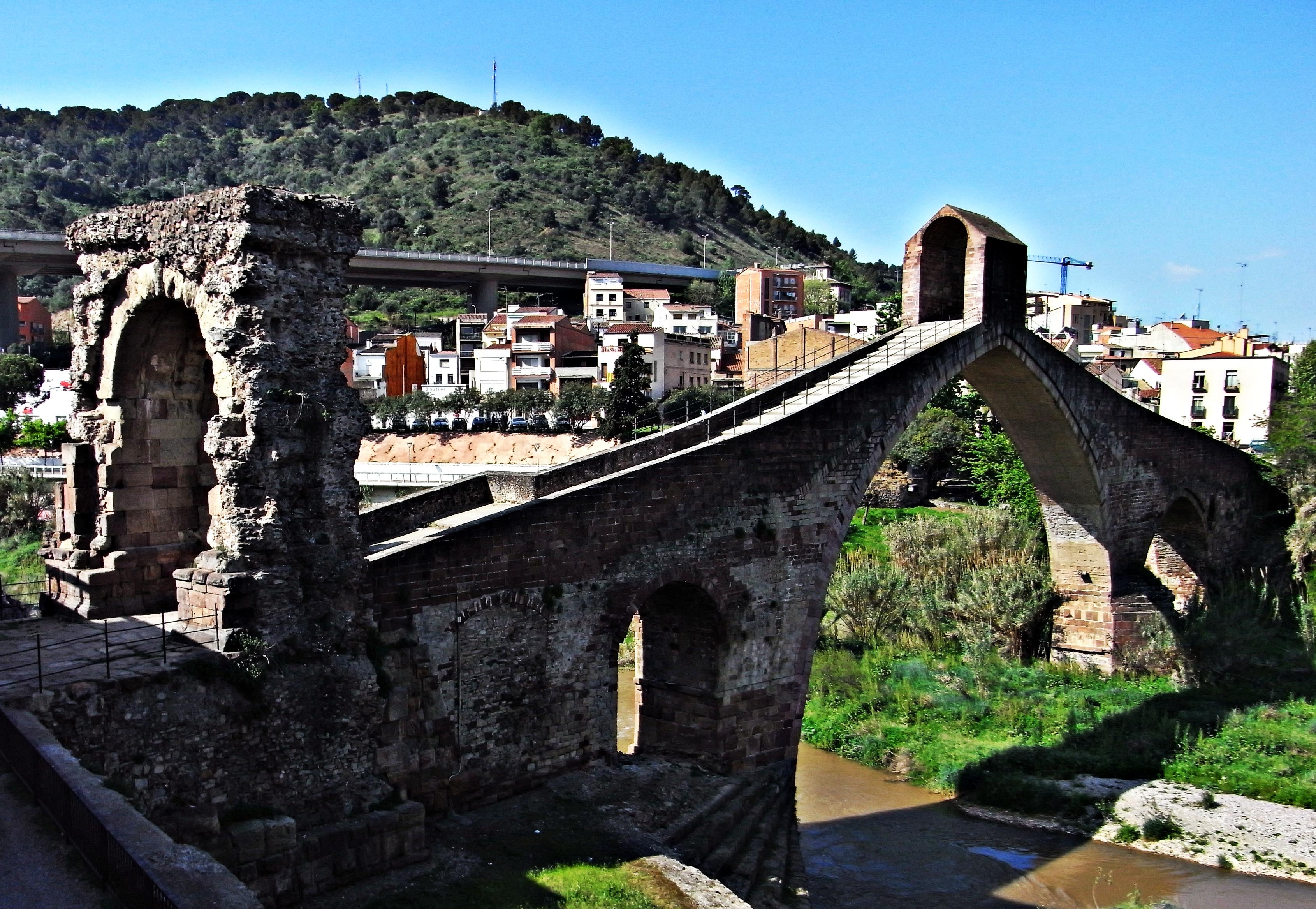Puente del Diablo (Martorell) - Wikipedia, la enciclopedia libre