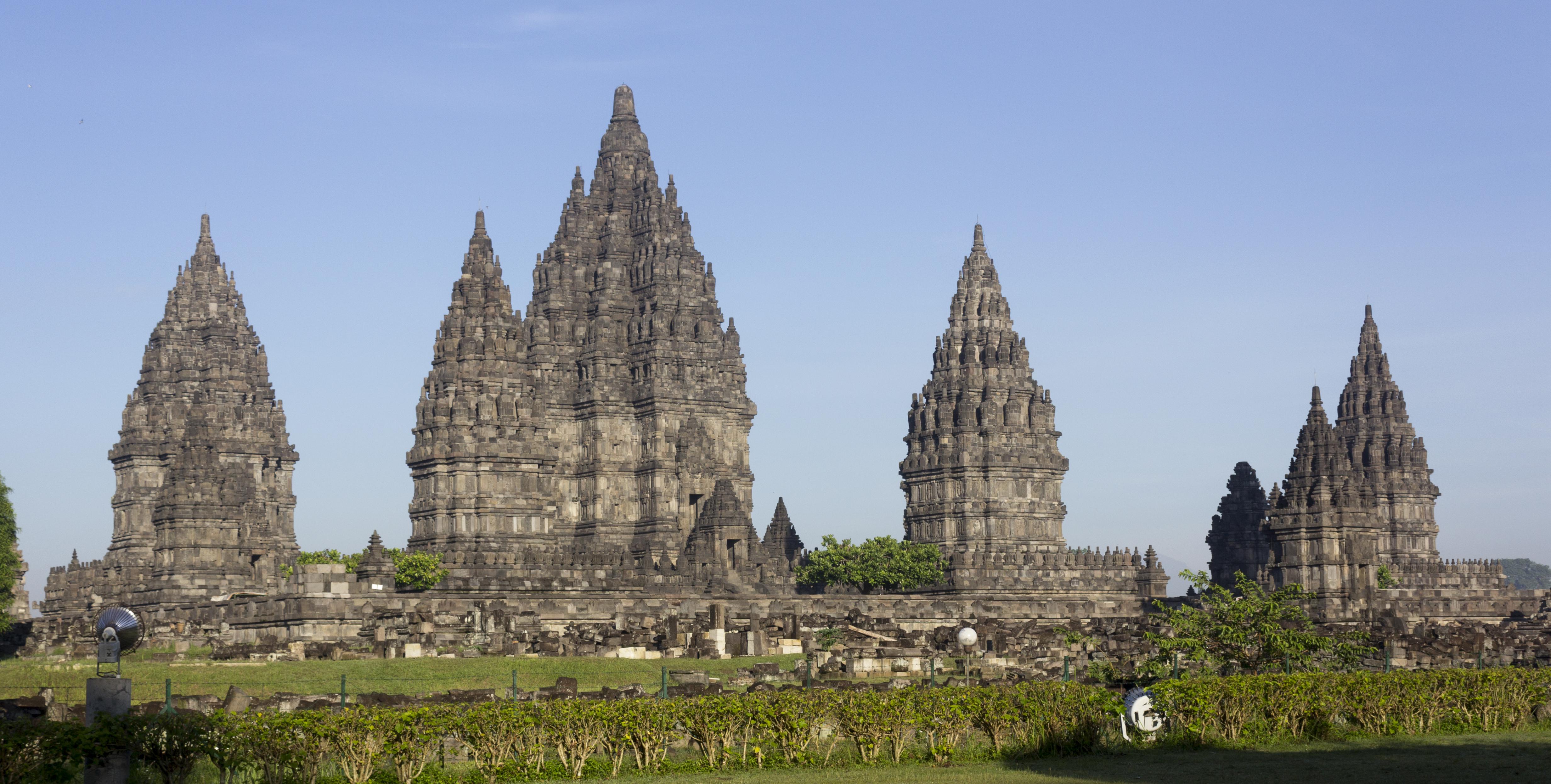 file prambanan temple around sunrise 23 november 2013