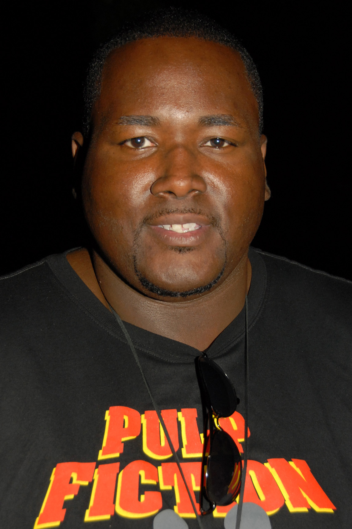 The 33-year old son of father (?) and mother(?), 204 cm tall Quinton Aaron in 2017 photo