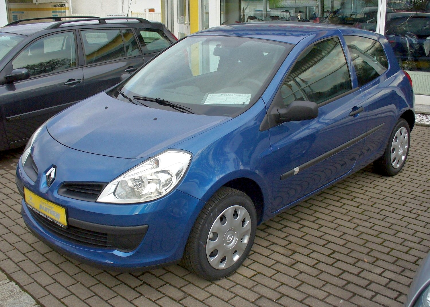 renault clio 2010 for sale renault mince his words. Black Bedroom Furniture Sets. Home Design Ideas