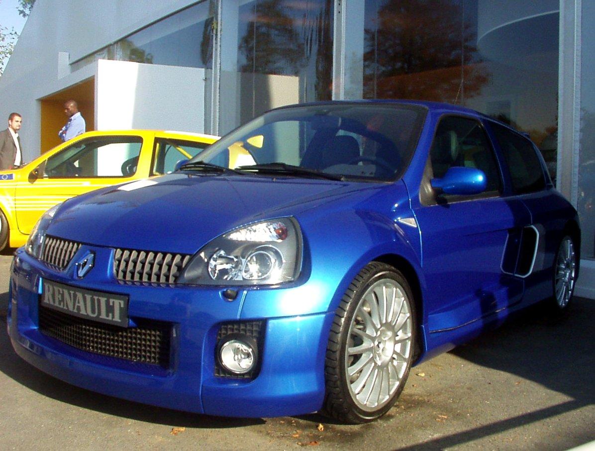 File Renault Clio Ii V6 Sport 3313425005 Jpg Wikimedia Commons
