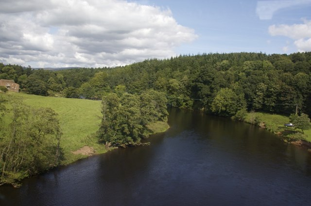 River Eden from the Settle Carlisle rail bridge - geograph.org.uk - 1530863