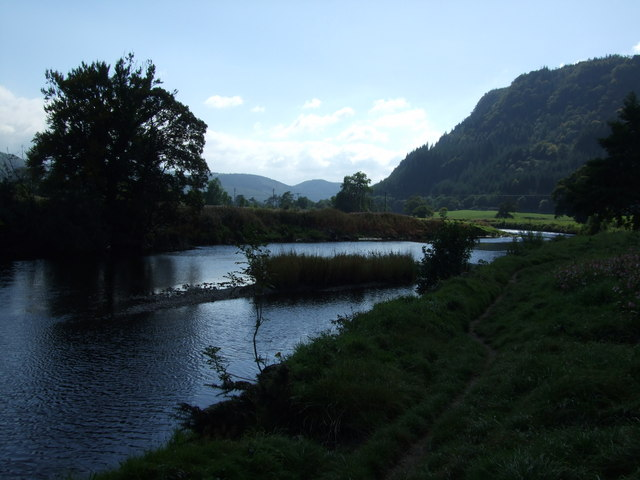 Riverside path and islet on River Conwy at Llanrwst - geograph.org.uk - 1492051