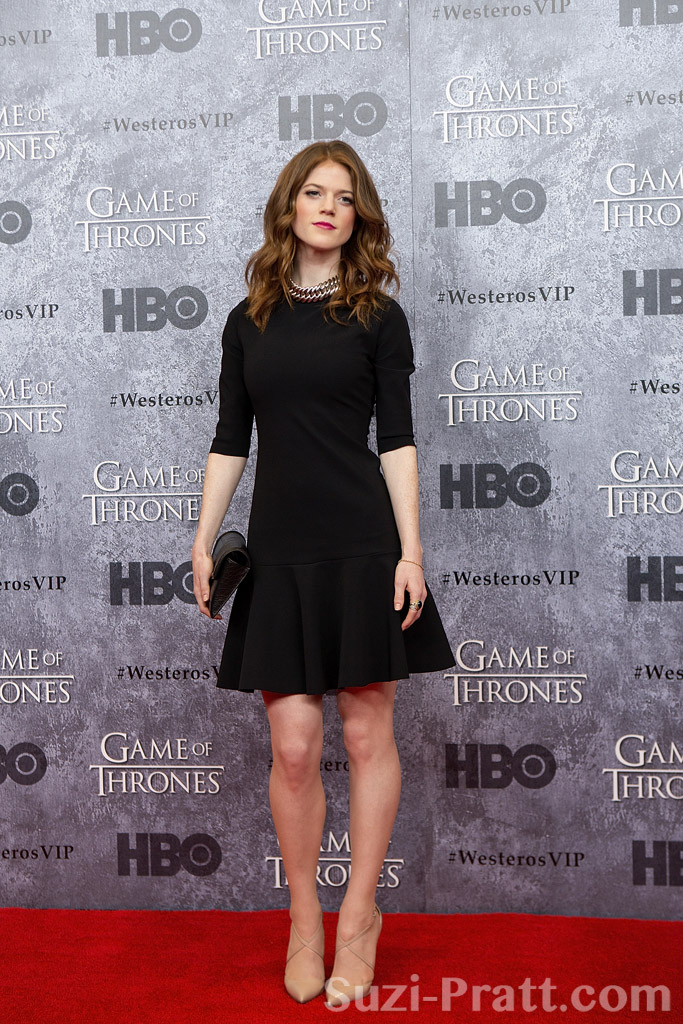 Galerry premiere of hbos game of thrones season 3 red carpet