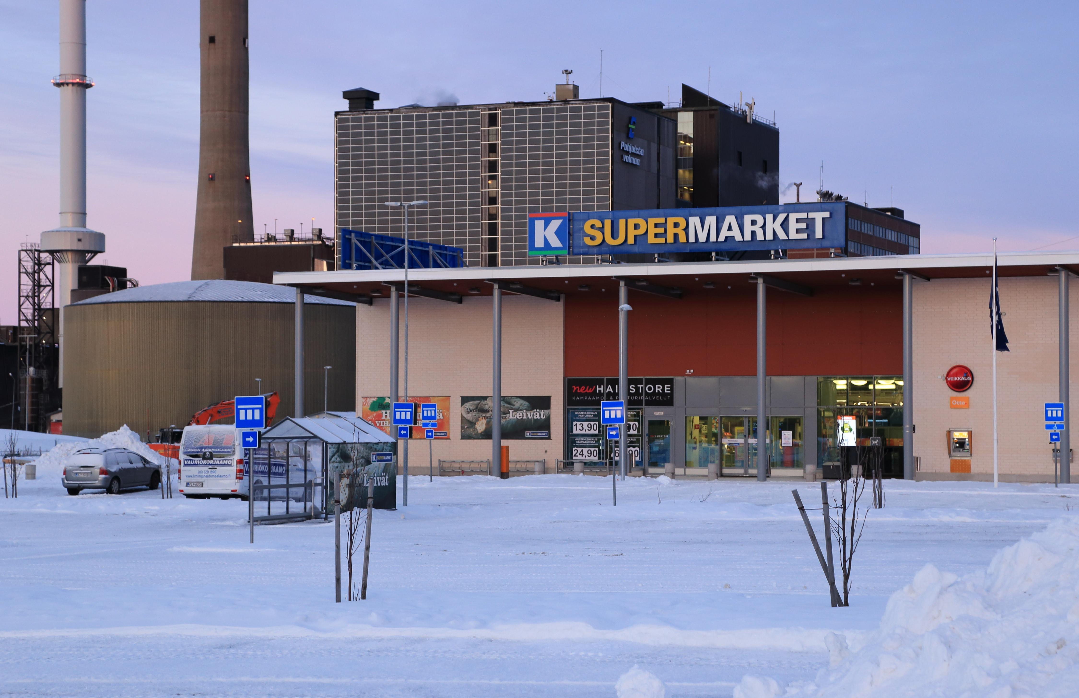 O supermercado K-Supermarket Hämeenkylä em Finland, Southern Finland, Espoo