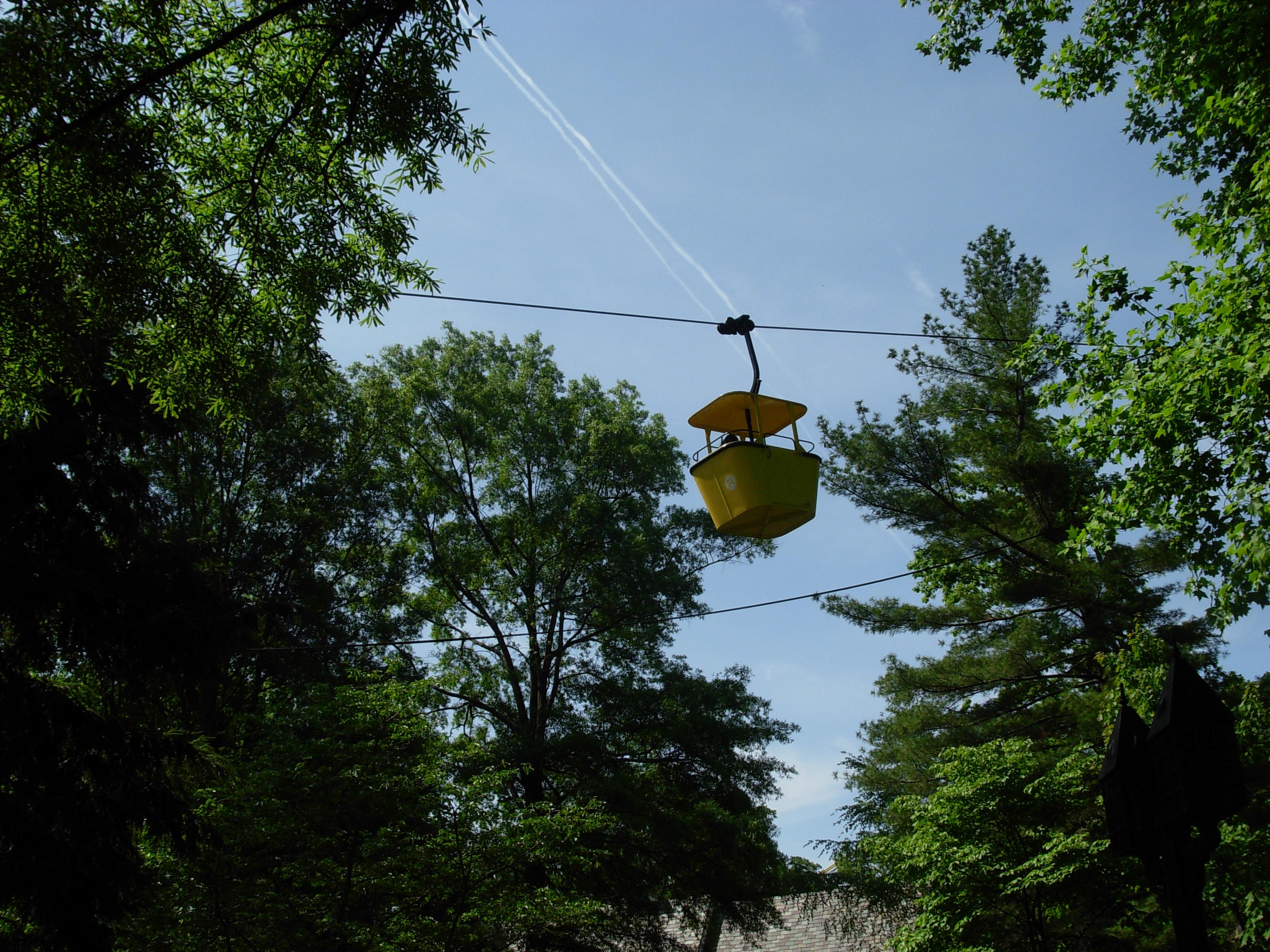File:Skyride 2 (Busch Gardens Williamsburg)