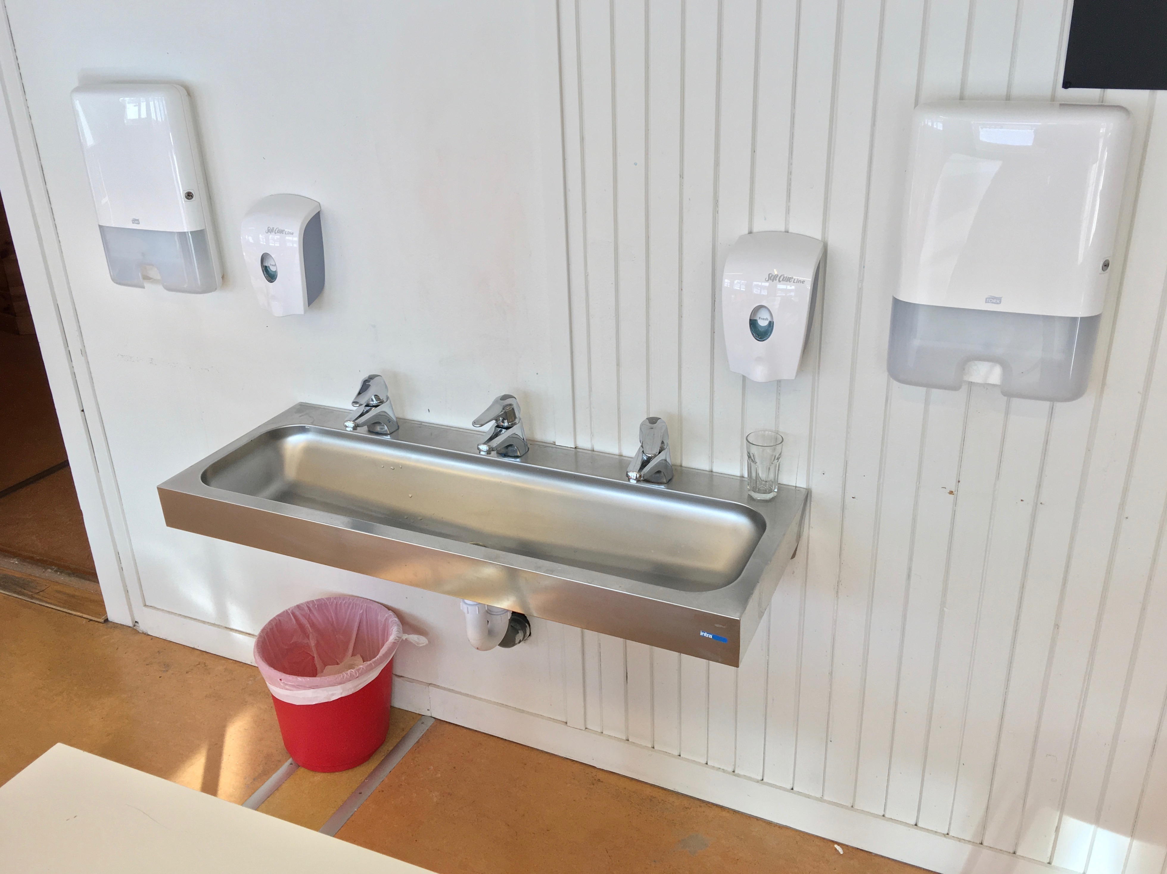 filesteel hand wash basin sink with three water taps dispensers for soap and - Wash Basin Sink