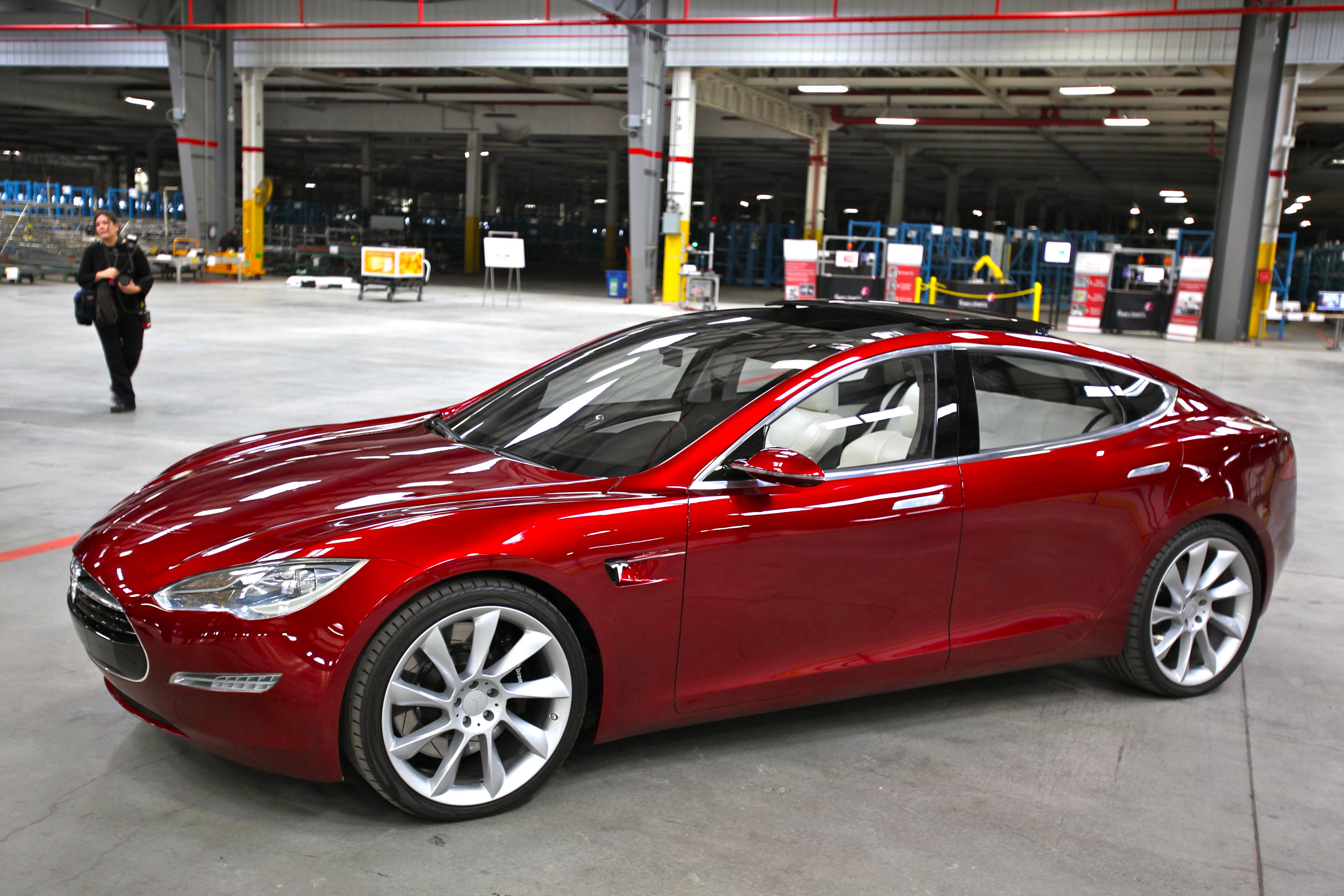 Tesla Motor Wikipedia - Tesla Image