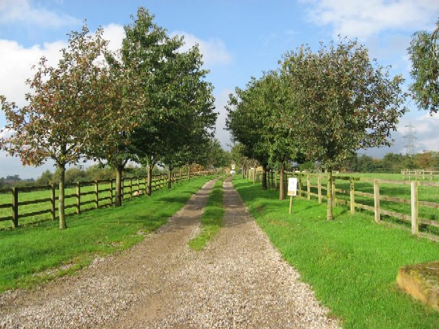 File:The Western Driveway Of Providence Hill Farm ...