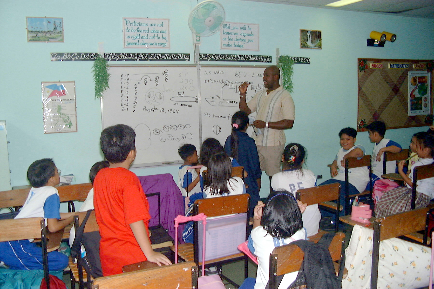 education of gifted children in the united states Gifted education (also known as gifted and talented education (gate), talented and gifted (tag), or g/t) is a broad term for special practices, procedures, and theories used in the education of children who have been identified as gifted or talented.