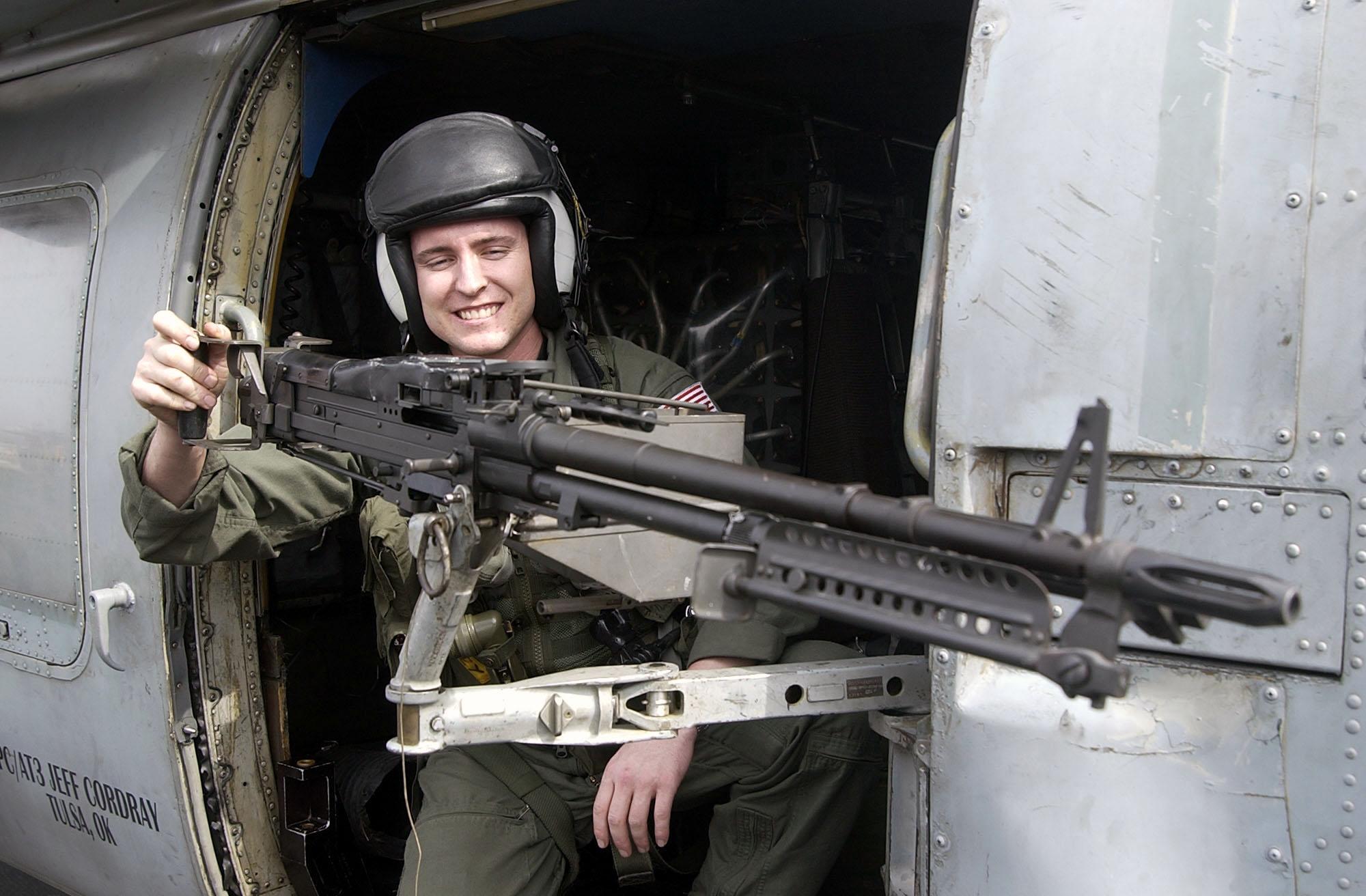 Resultado de imagen para m-60 machine gun