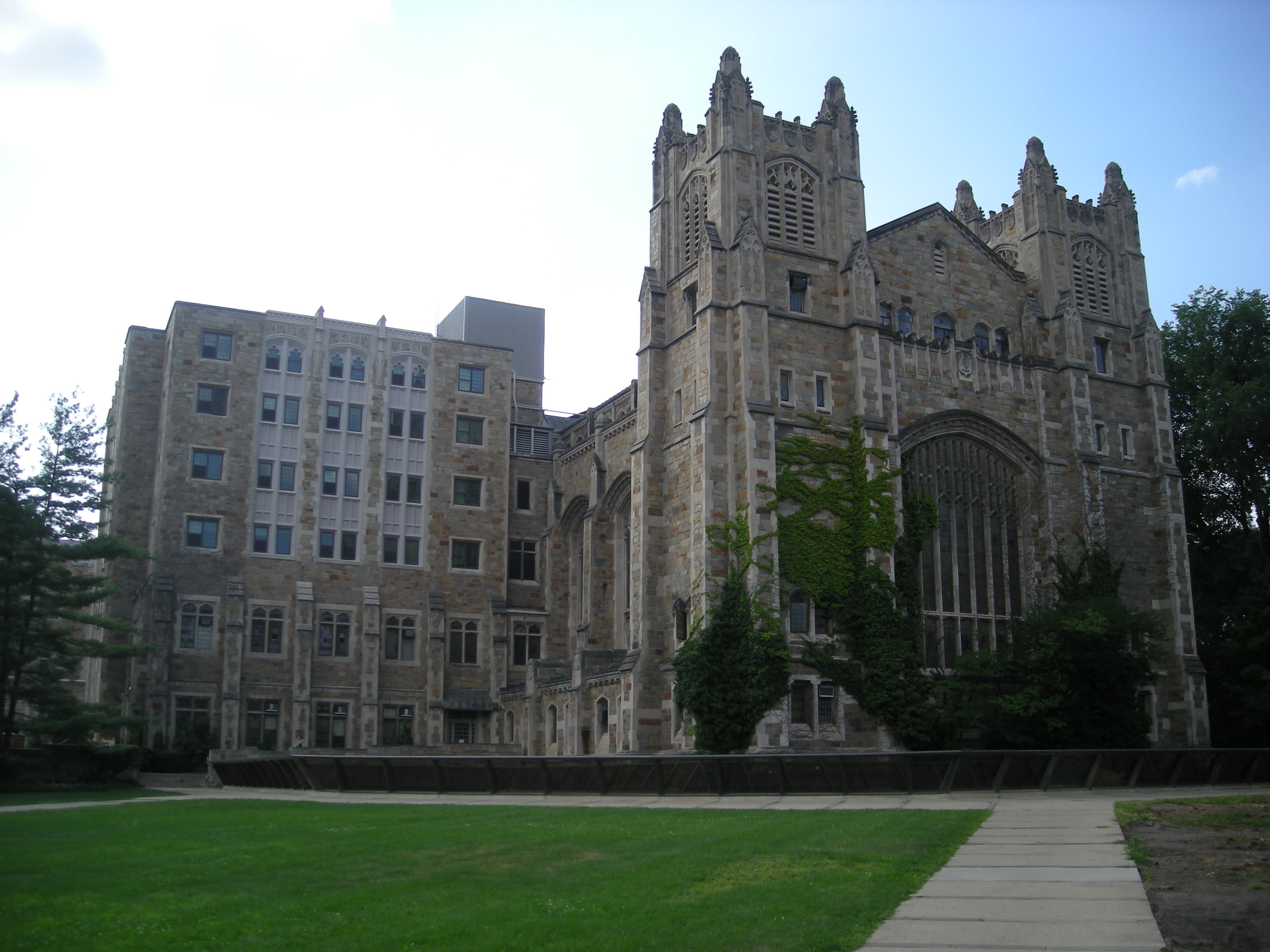 File:University of Michigan August 2013 220 (Law Library).jpg ...