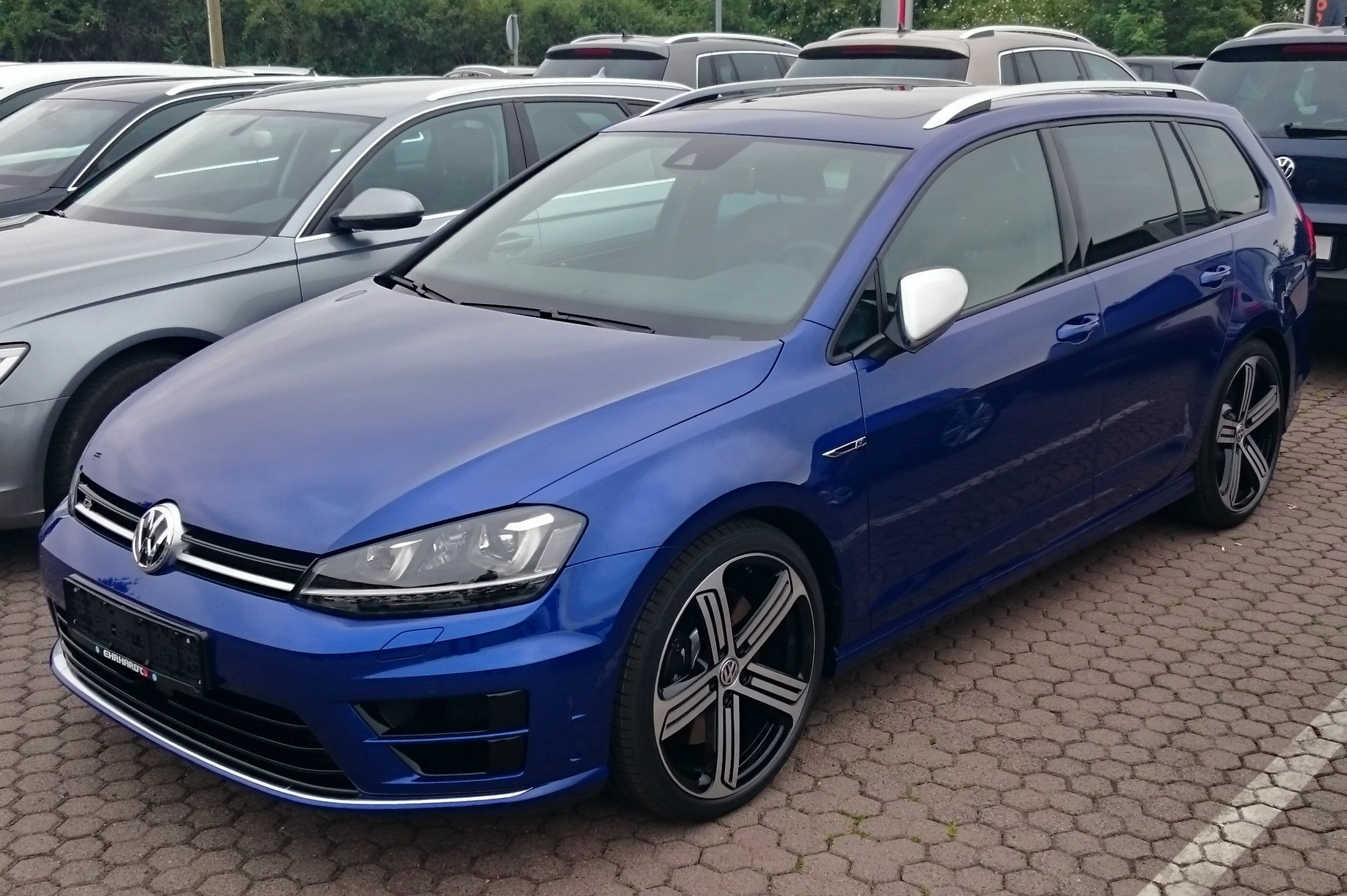 datei vw golf vii r variant 4motion 2 0 tsi dsg jpg wikipedia. Black Bedroom Furniture Sets. Home Design Ideas