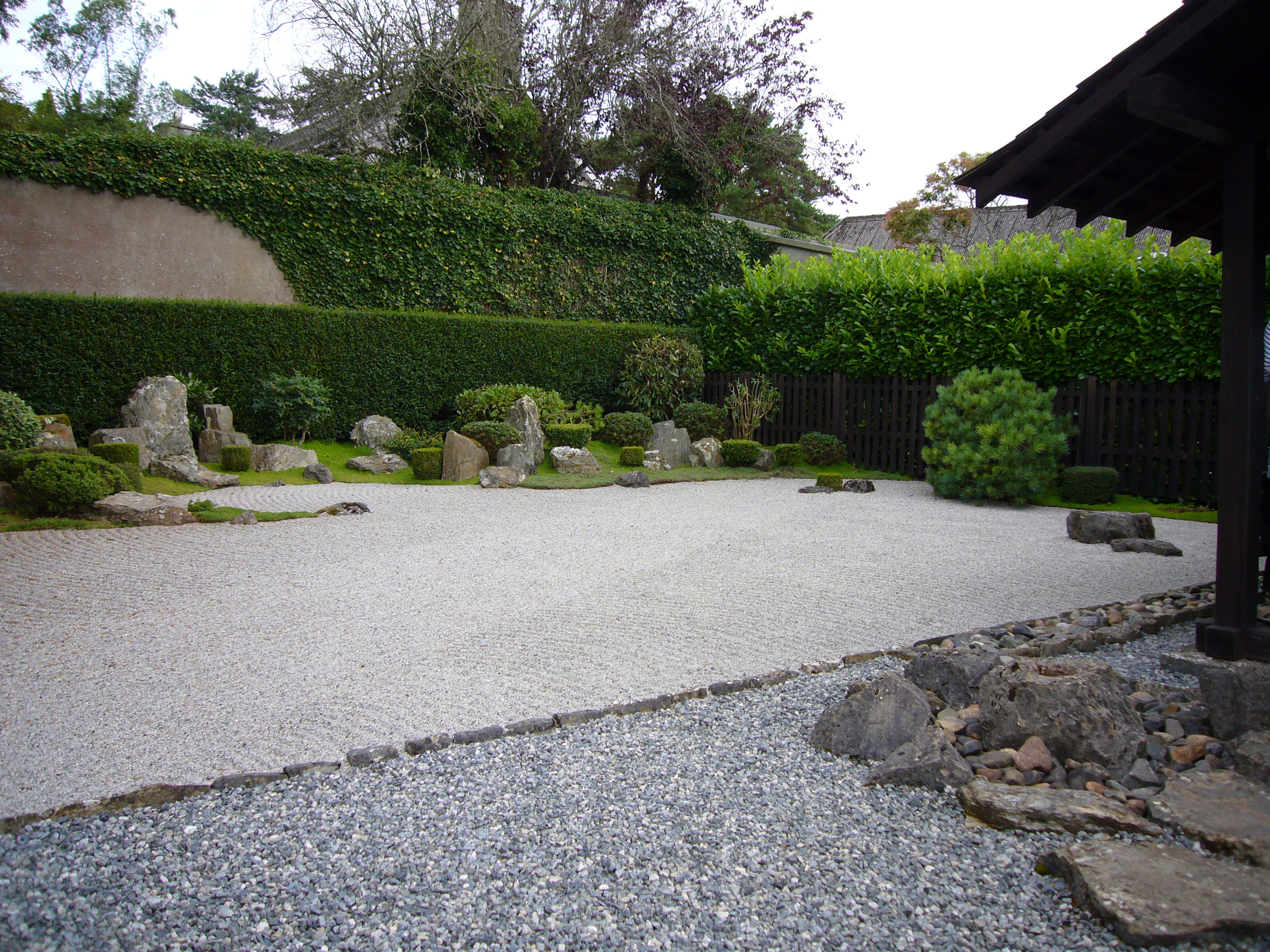 File zen garden at wikimedia commons - Decoration jardin zen exterieur ...