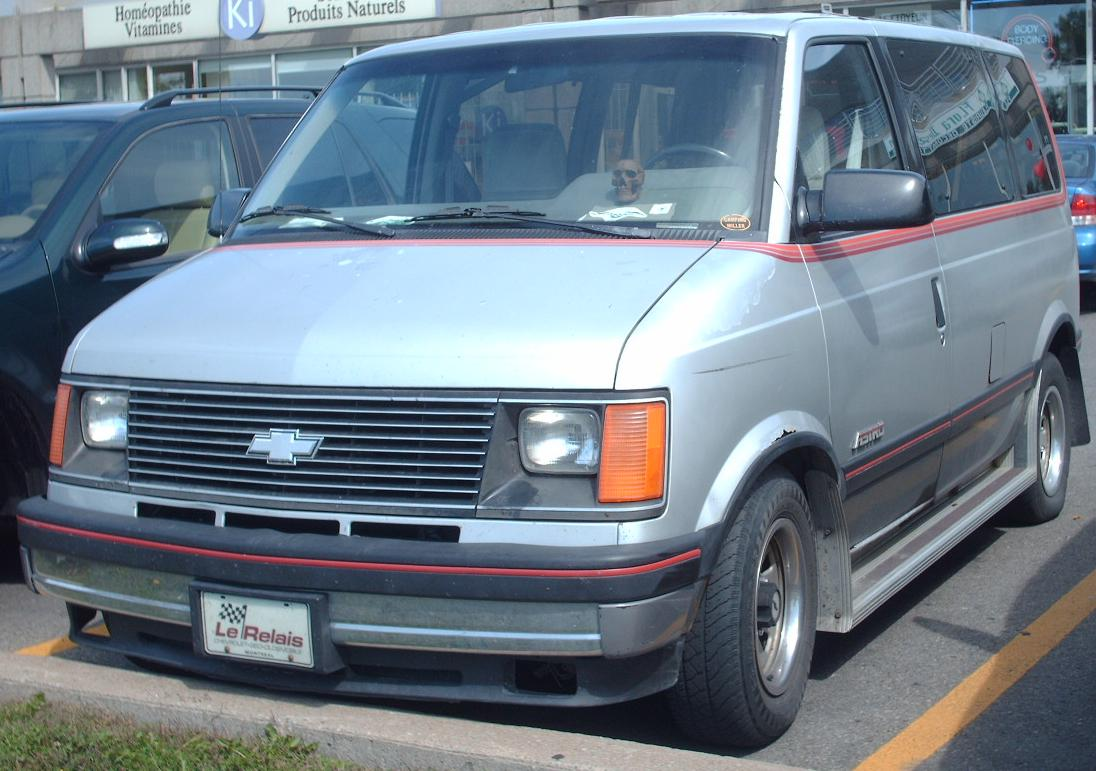 File:'85-'94 Chevrolet Astro SWB.jpg - Wikimedia Commons