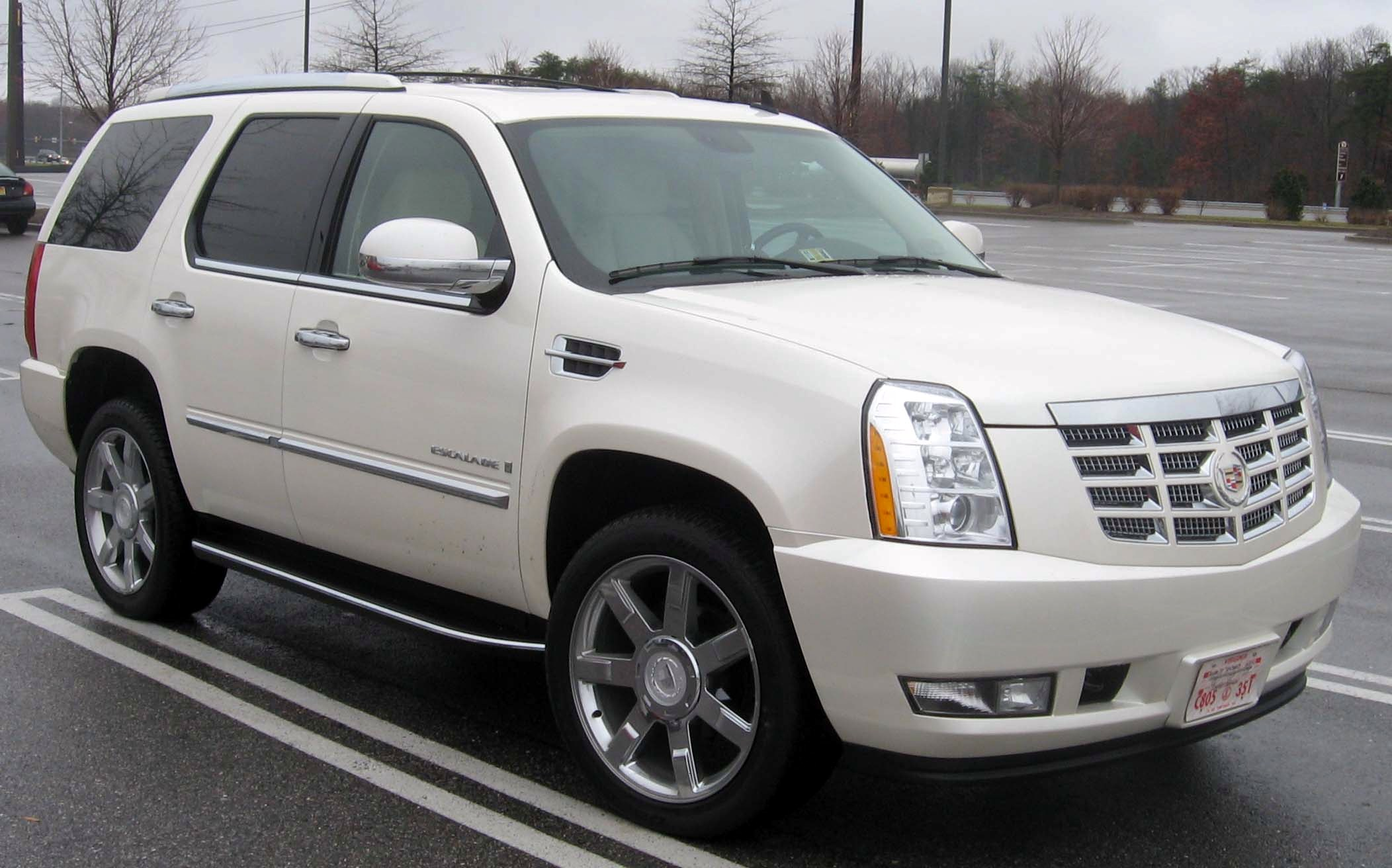 Escalade car - Color: White  // Description: big