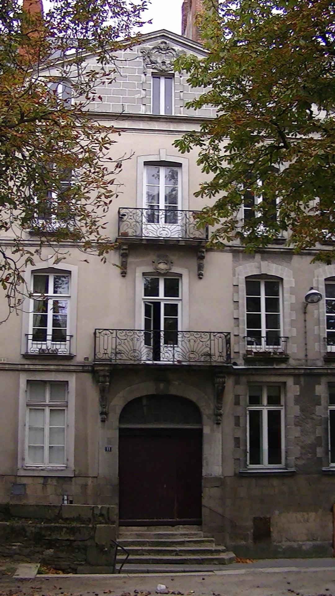 Maison min e wikip dia for 11 rue maison blanche nantes