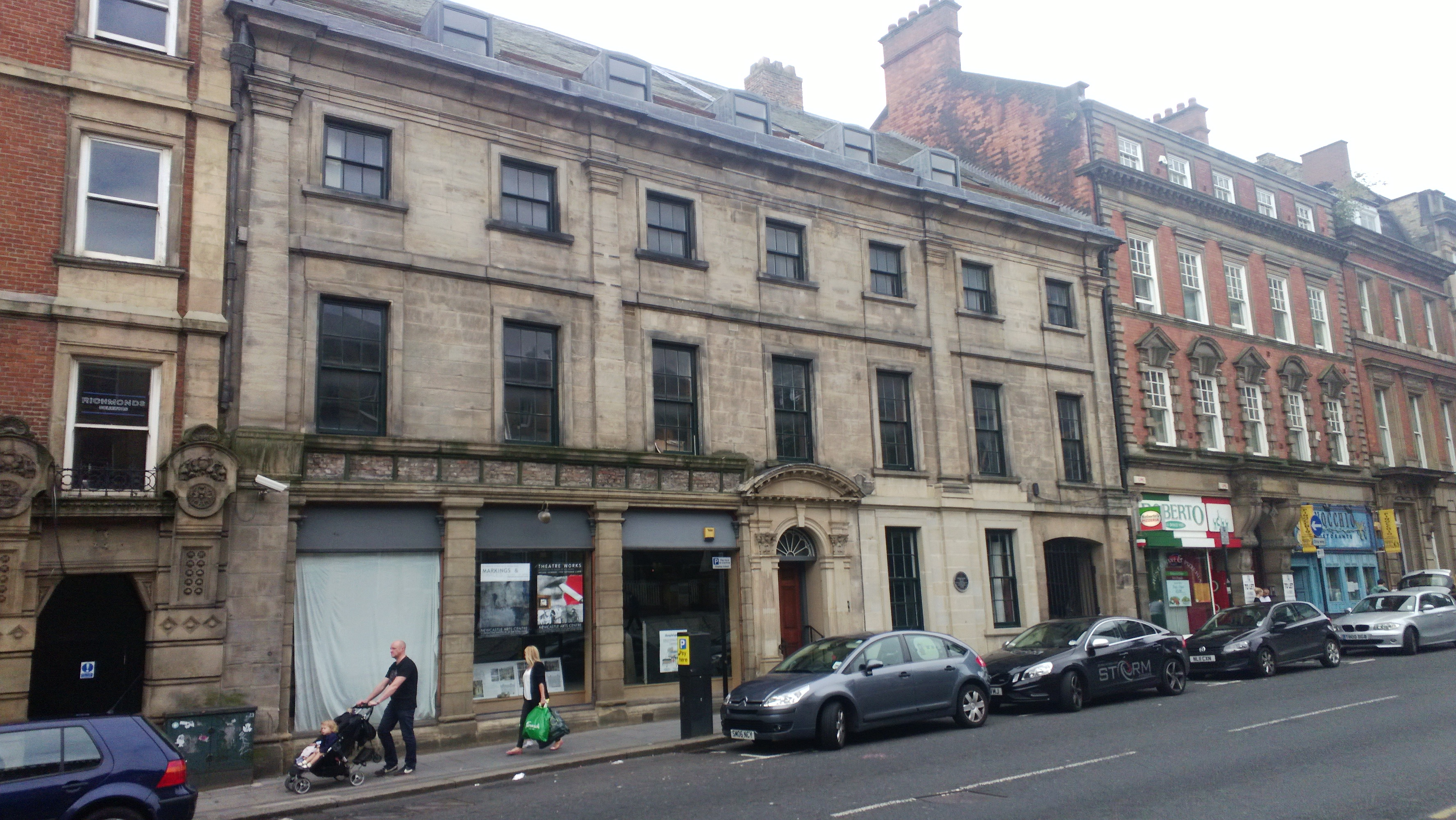 18Th Century House file:18th-century house, westgate road, newcastle-upon-tyne