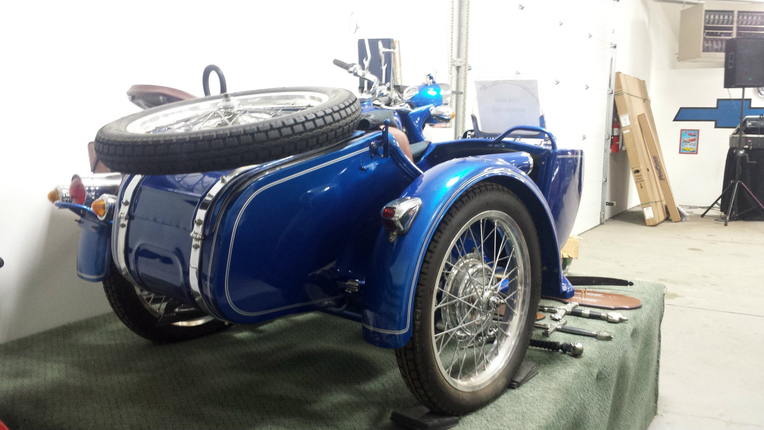 File:1938 BMW motorcycle with side car (15373173746) jpg