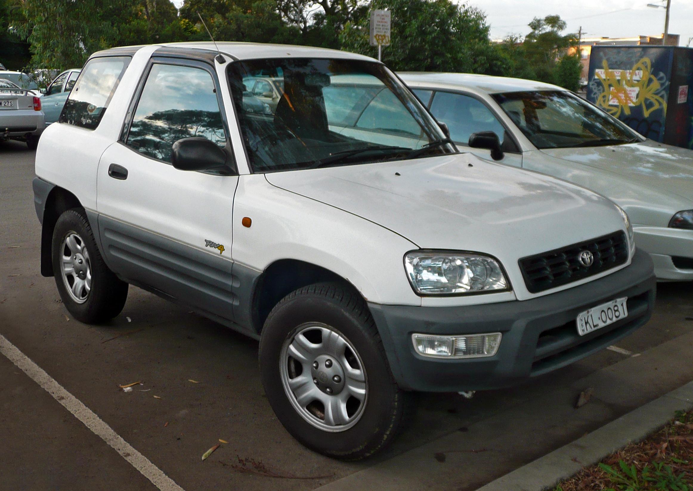 File:1997-2000 Toyota RAV4 (SXA10R) hardtop (2010-05-
